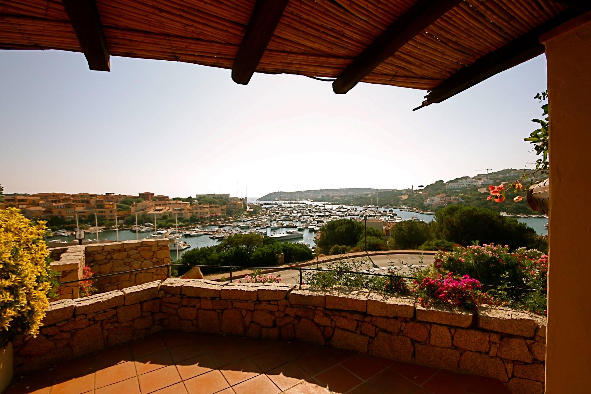 Appartamento in vendita a Arzachena - Porto Cervo, 6 locali, zona Località: PortoCervo, prezzo € 850.000 | CambioCasa.it