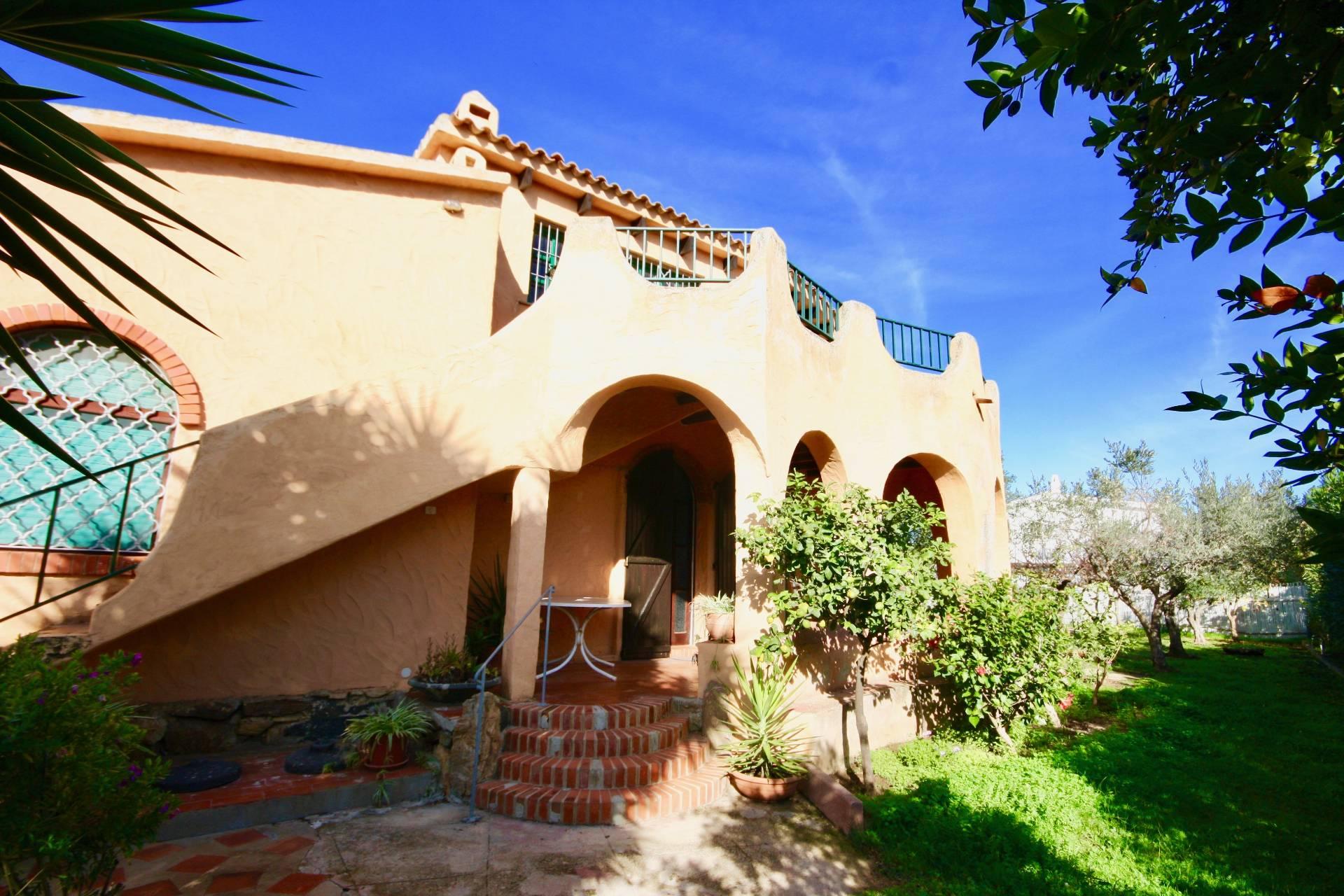 Villa in affitto a Olbia - Porto Rotondo, 5 locali, prezzo € 840 | CambioCasa.it
