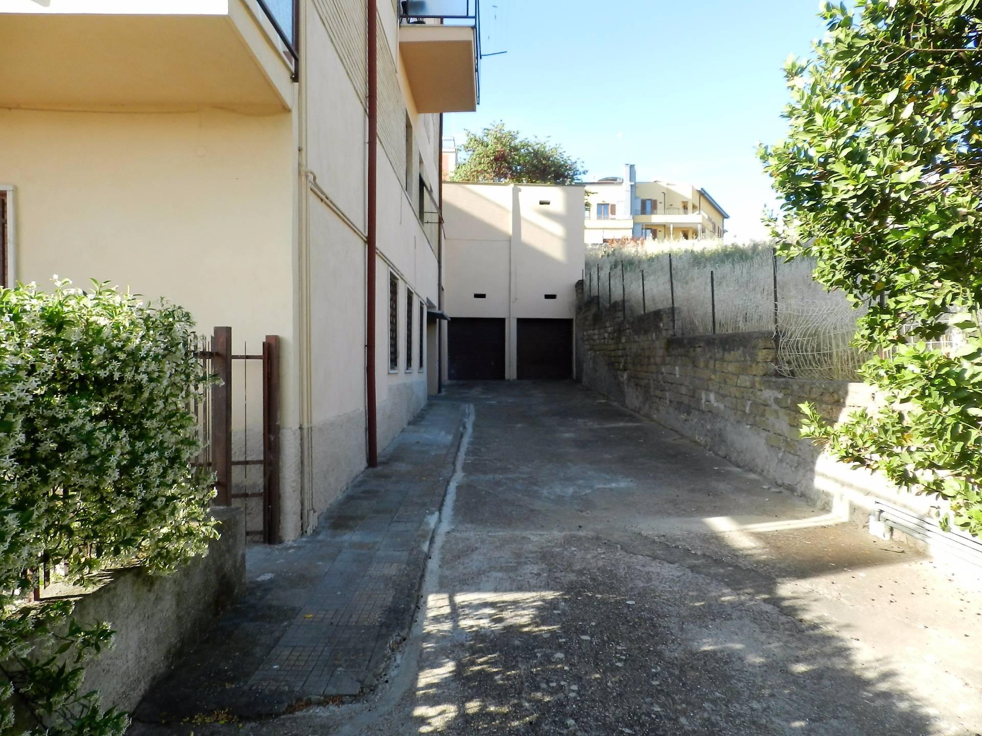 Box / Garage in Vendita a Tarquinia