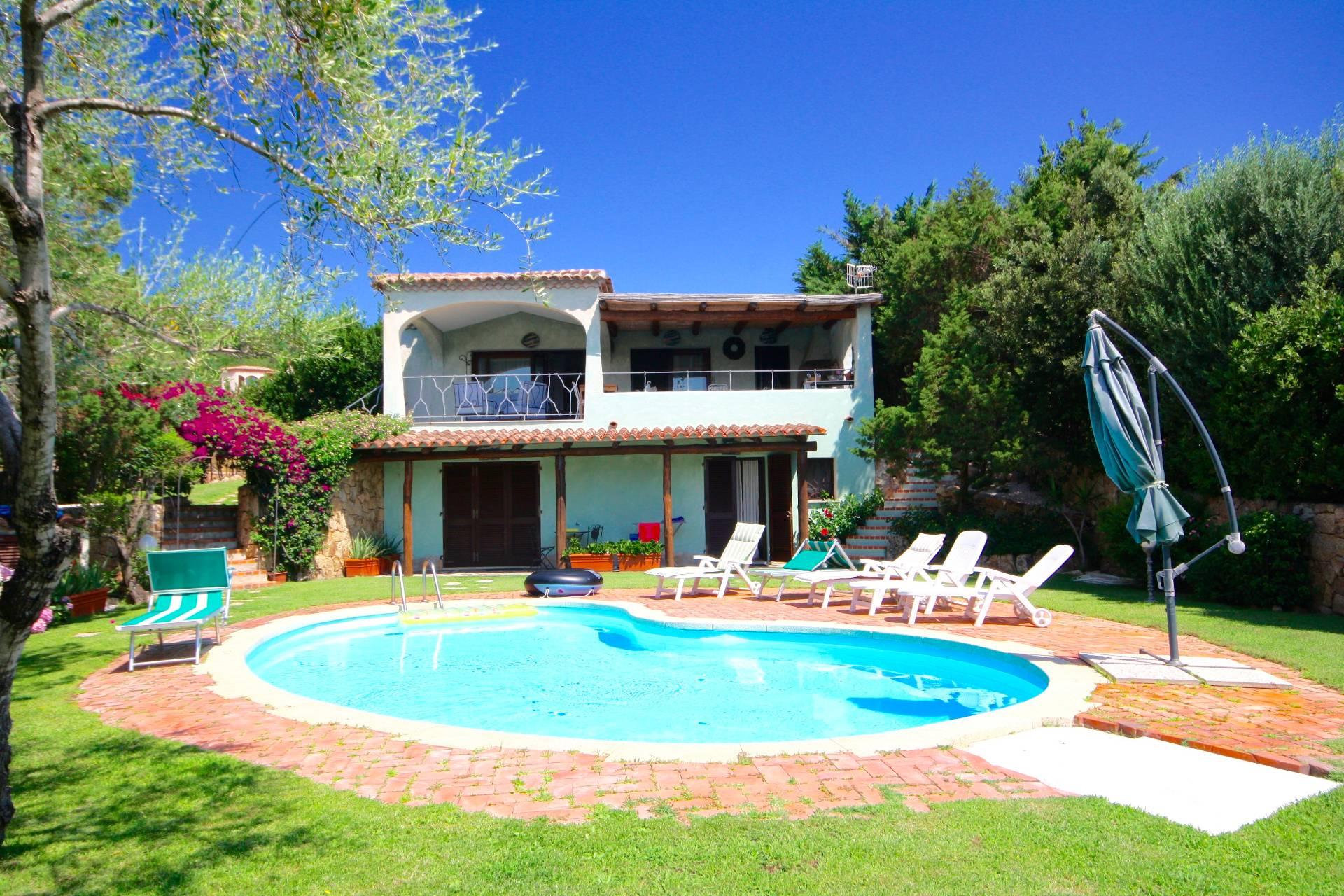 Villa in vendita a Arzachena - Porto Cervo, 10 locali, zona Località: PortoCervo, prezzo € 2.600.000 | CambioCasa.it