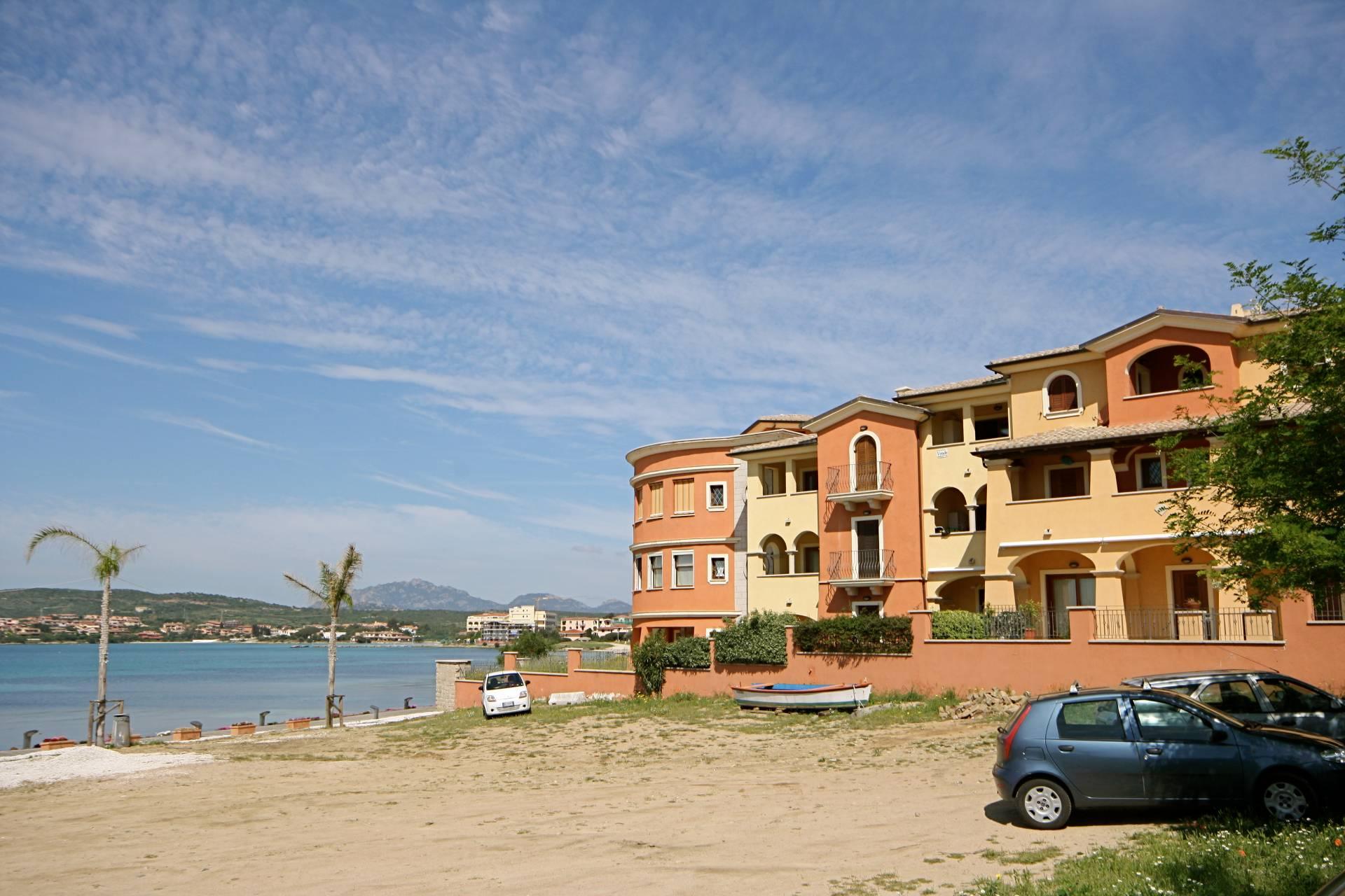 Appartamento in vendita a Golfo Aranci, 2 locali, zona Località: PAESE, prezzo € 230.000 | CambioCasa.it