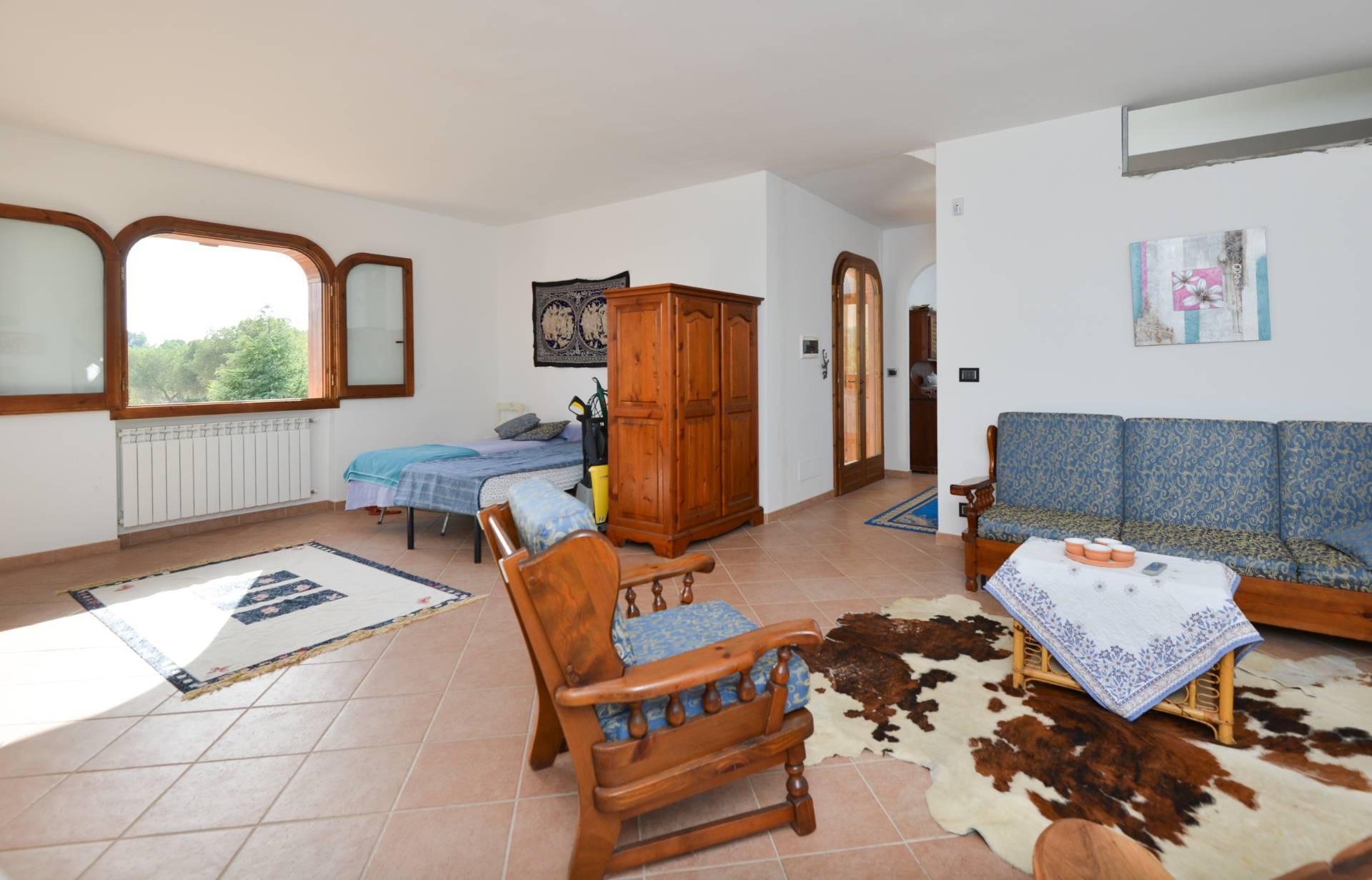 Villa in vendita a Carovigno, 4 locali, prezzo € 195.000   CambioCasa.it