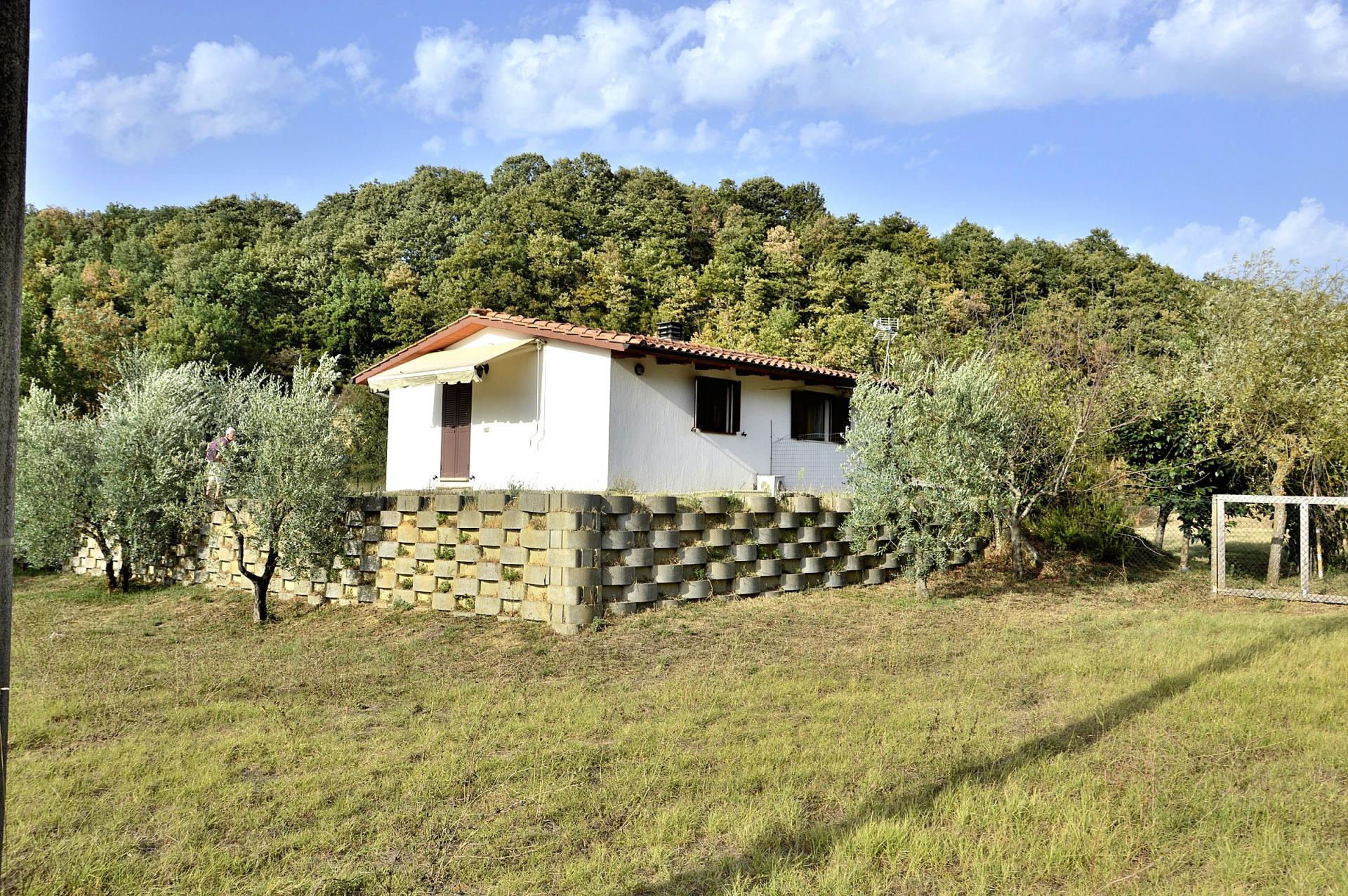 Soluzione Indipendente in vendita a Monteleone d'Orvieto, 4 locali, zona Località: S.aMaria, prezzo € 49.000 | CambioCasa.it