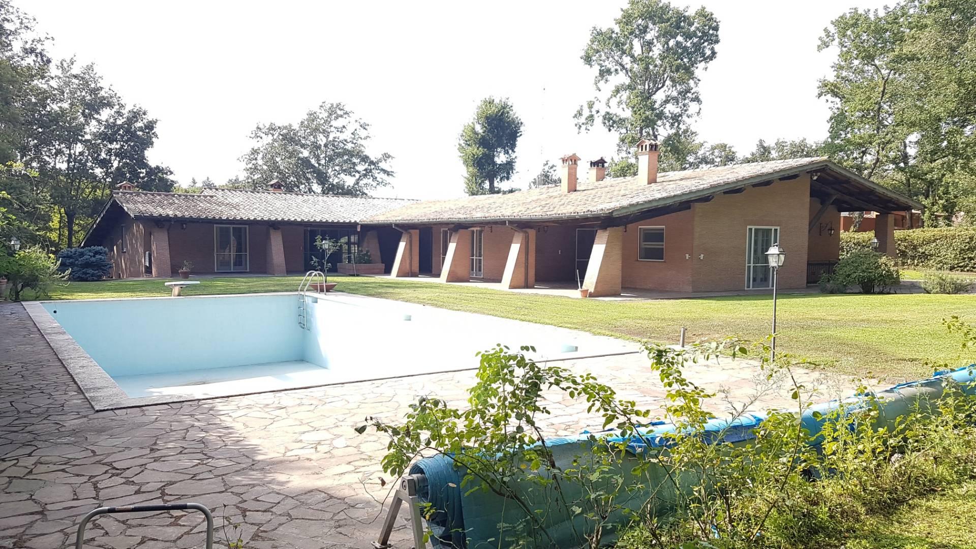 Villa in affitto a Roma, 12 locali, zona Zona: 42 . Cassia - Olgiata, prezzo € 6.000 | CambioCasa.it