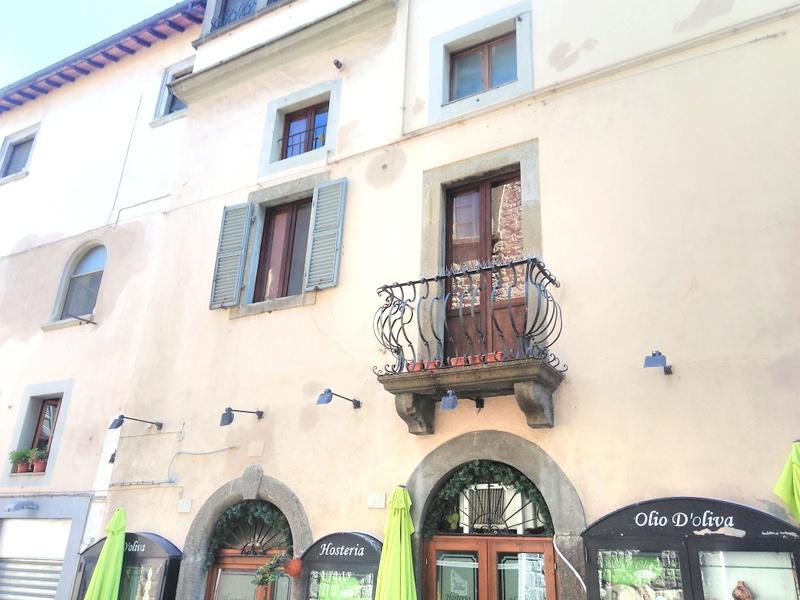Appartamento in vendita a Viterbo, 3 locali, zona Zona: Centro, prezzo € 75.000   CambioCasa.it