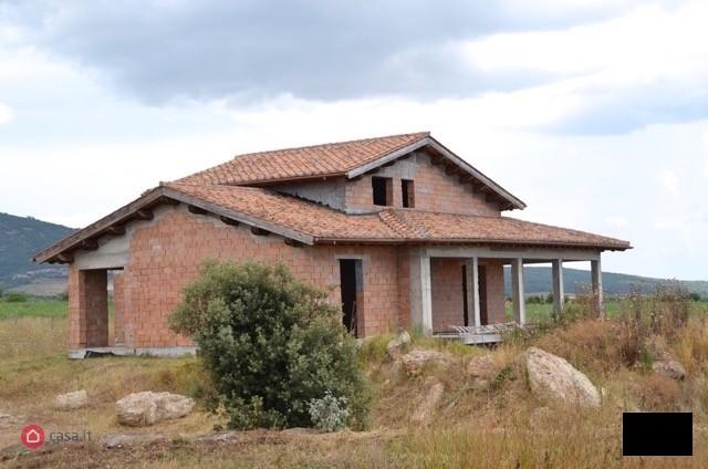 Rustico / Casale in vendita a Canino, 12 locali, prezzo € 330.000 | CambioCasa.it