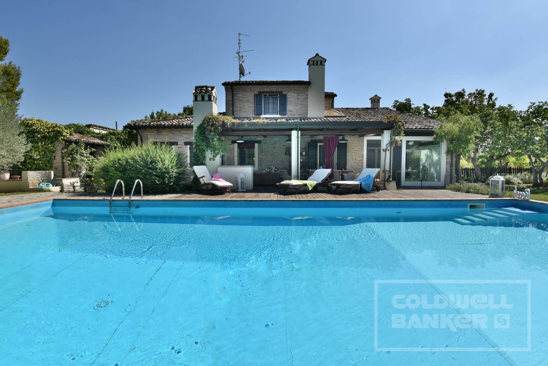 Villa in vendita a Bertinoro, 6 locali, zona Località: S.aMariaNuova, prezzo € 890.000 | CambioCasa.it