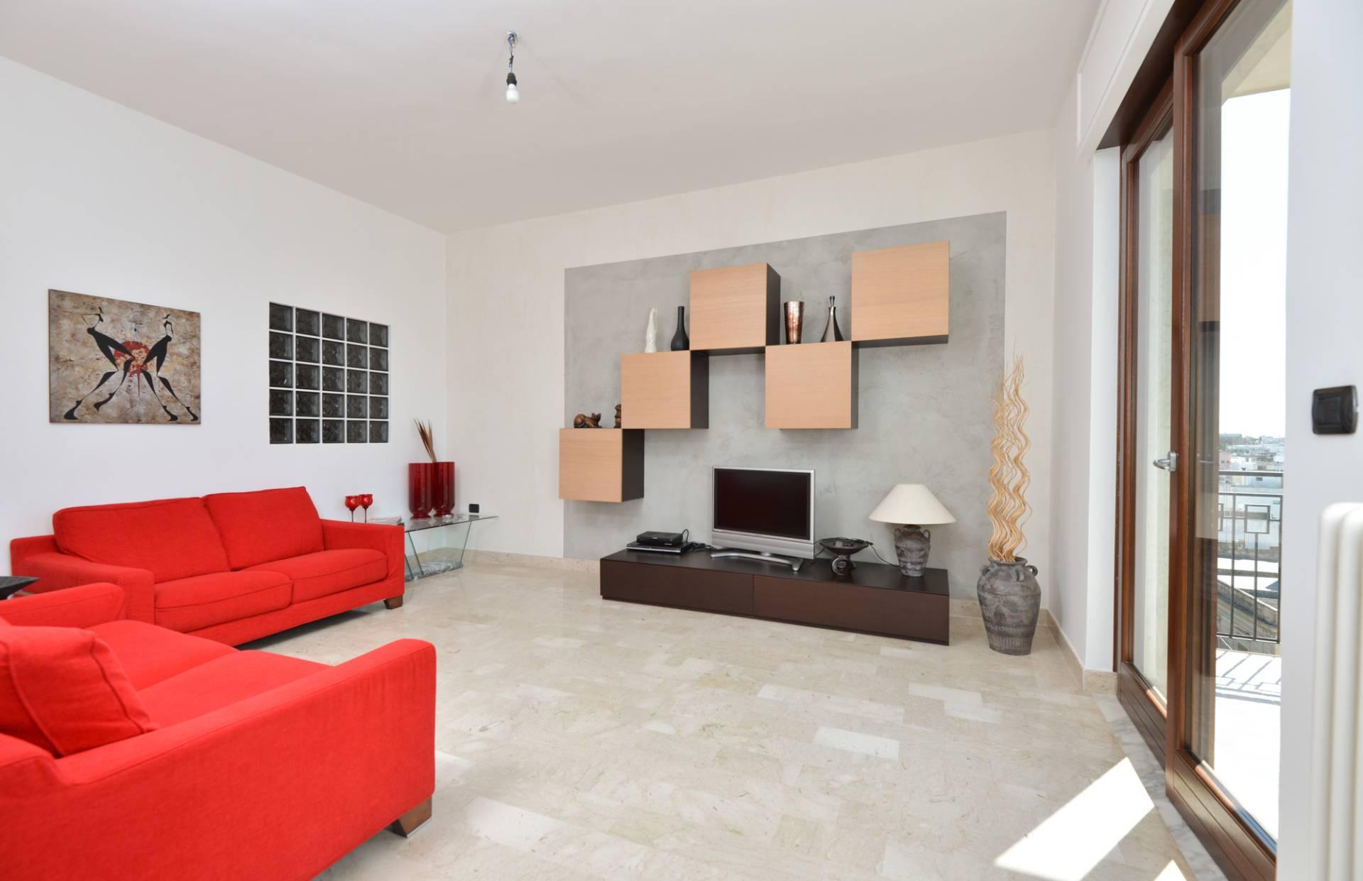 Appartamento in vendita a Mesagne, 4 locali, prezzo € 139.000 | CambioCasa.it