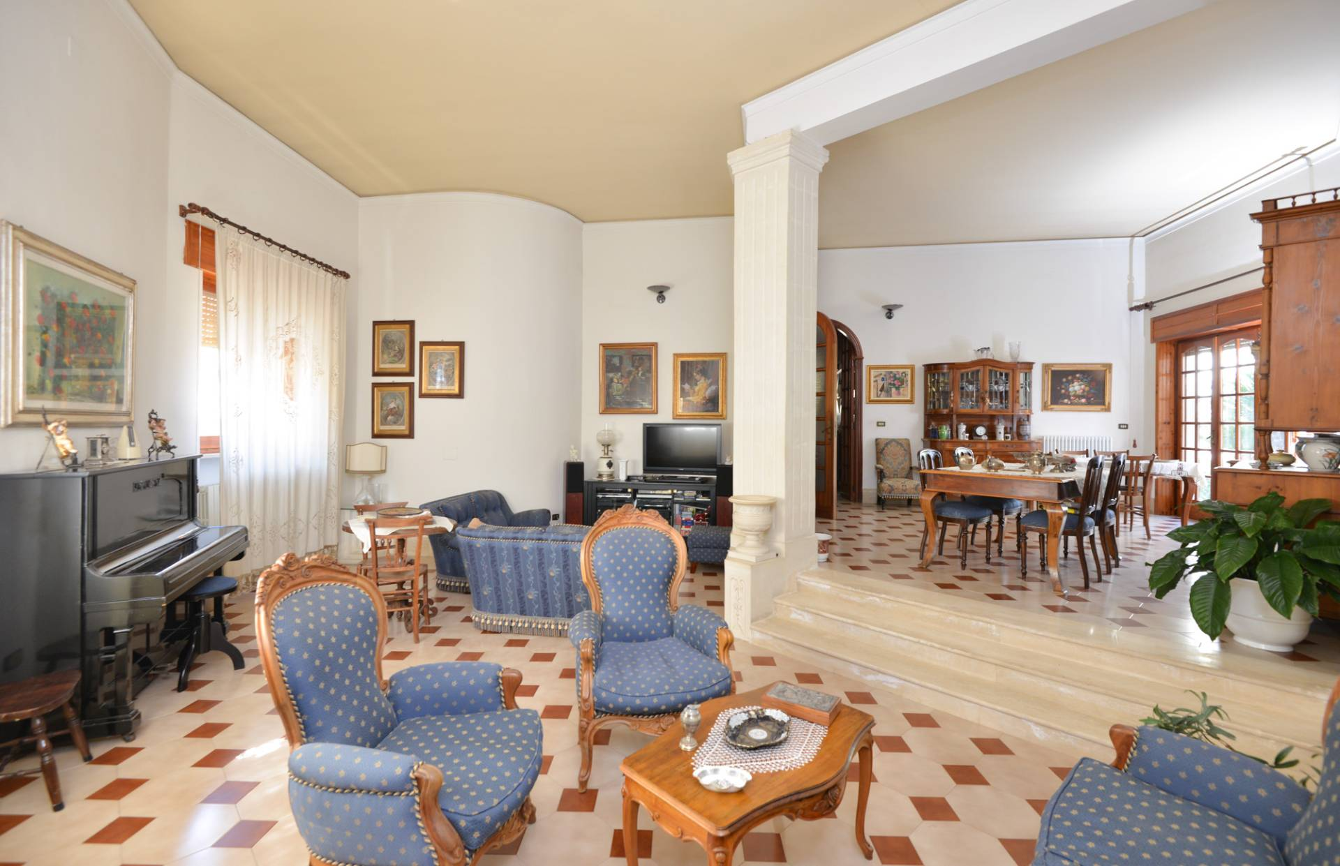 Soluzione Semindipendente in vendita a Mesagne, 6 locali, prezzo € 189.000 | CambioCasa.it