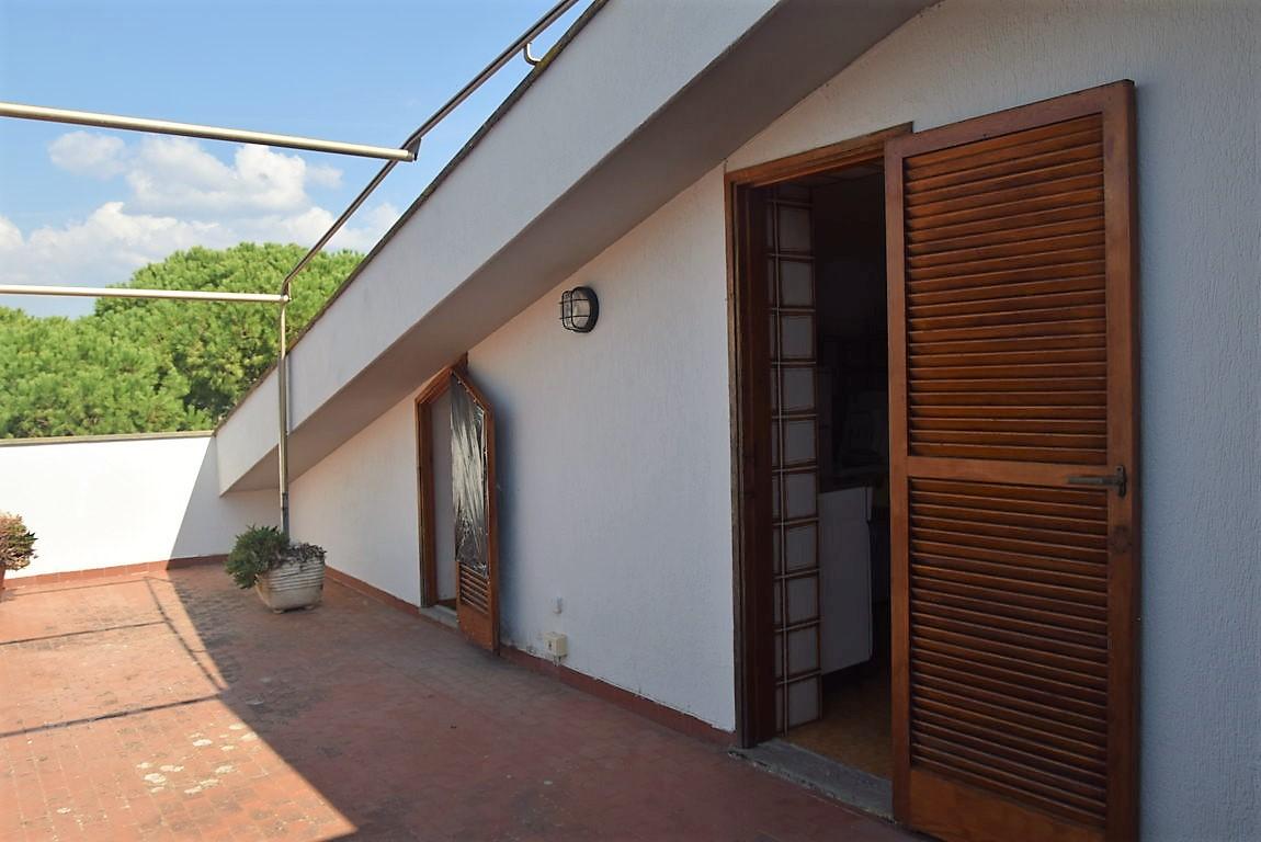 Attico / Mansarda in vendita a Santa Marinella, 3 locali, zona Località: S.aSevera, prezzo € 220.000 | CambioCasa.it