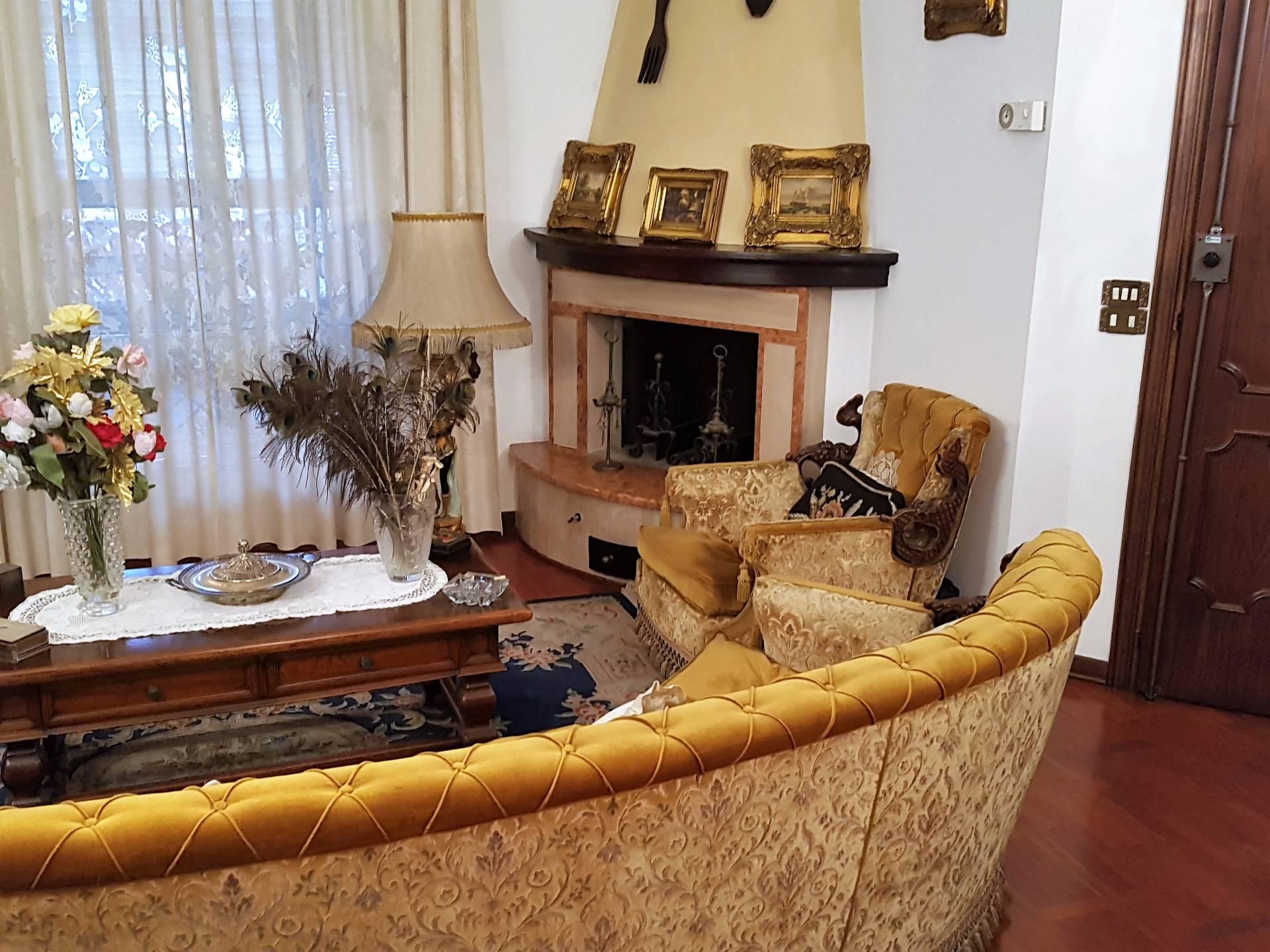 Attico / Mansarda in vendita a Arezzo, 9 locali, prezzo € 590.000   CambioCasa.it