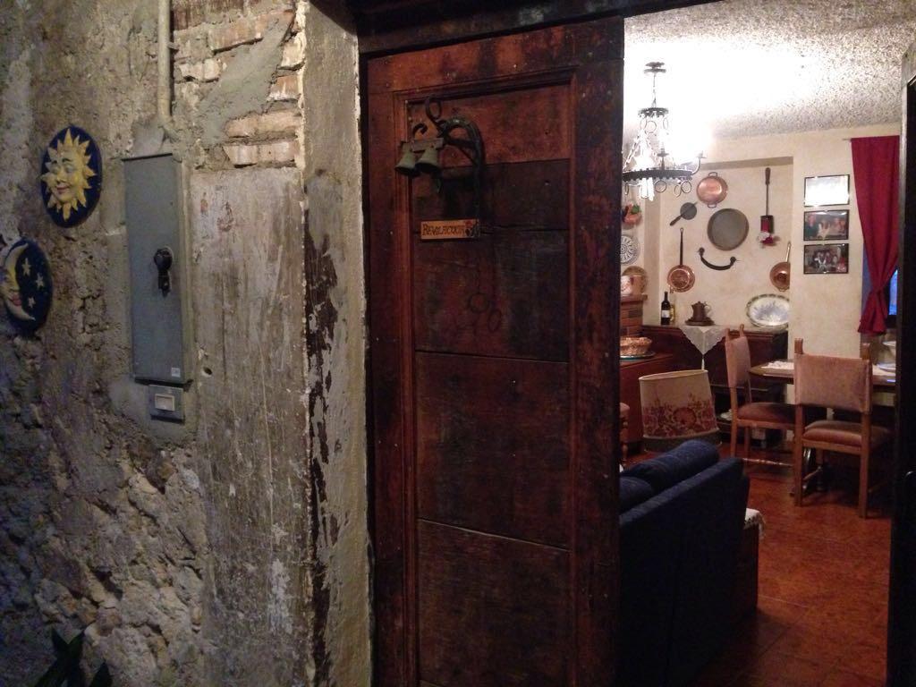 Soluzione Indipendente in affitto a Pretoro, 9 locali, prezzo € 80.000 | CambioCasa.it