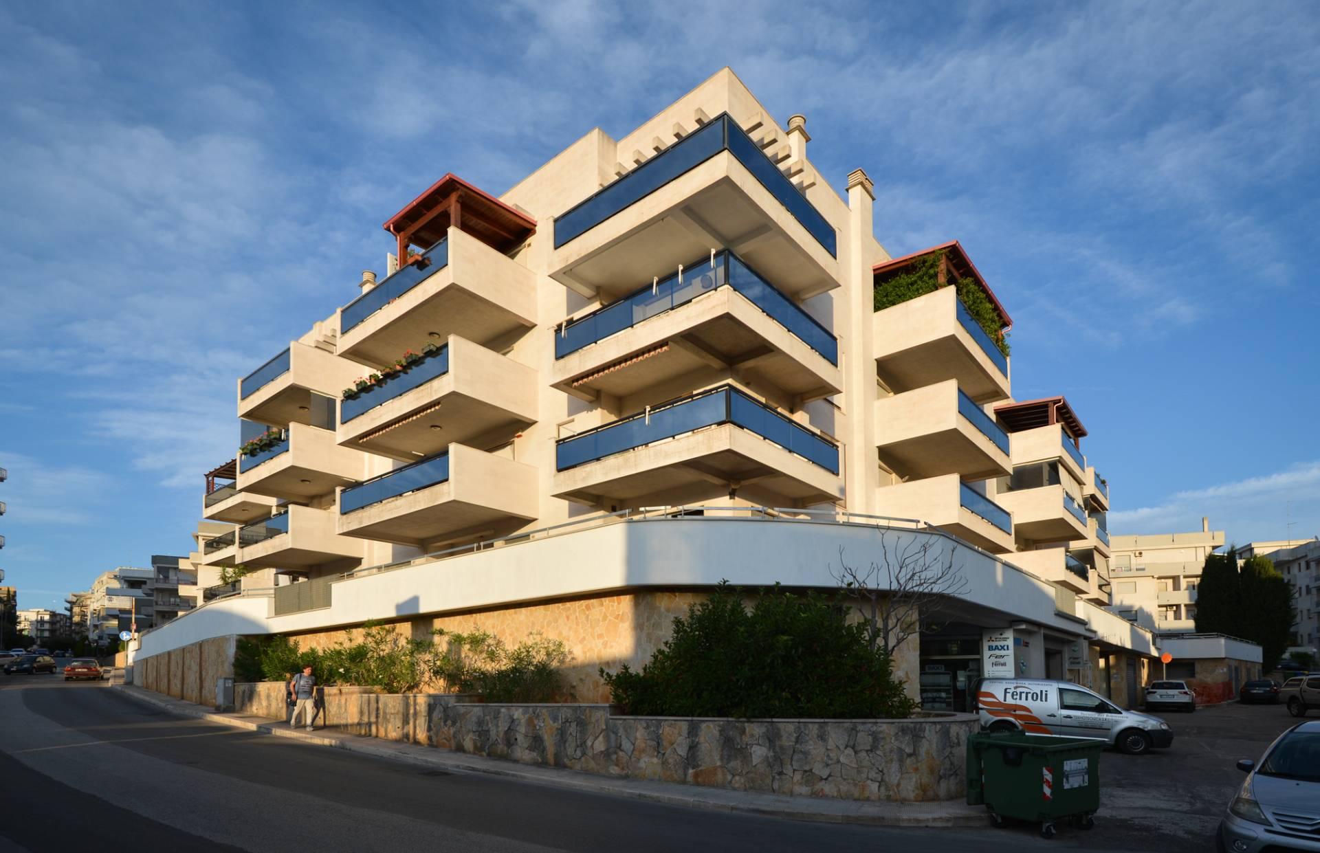 Appartamento in vendita a Martina Franca, 7 locali, Trattative riservate | CambioCasa.it