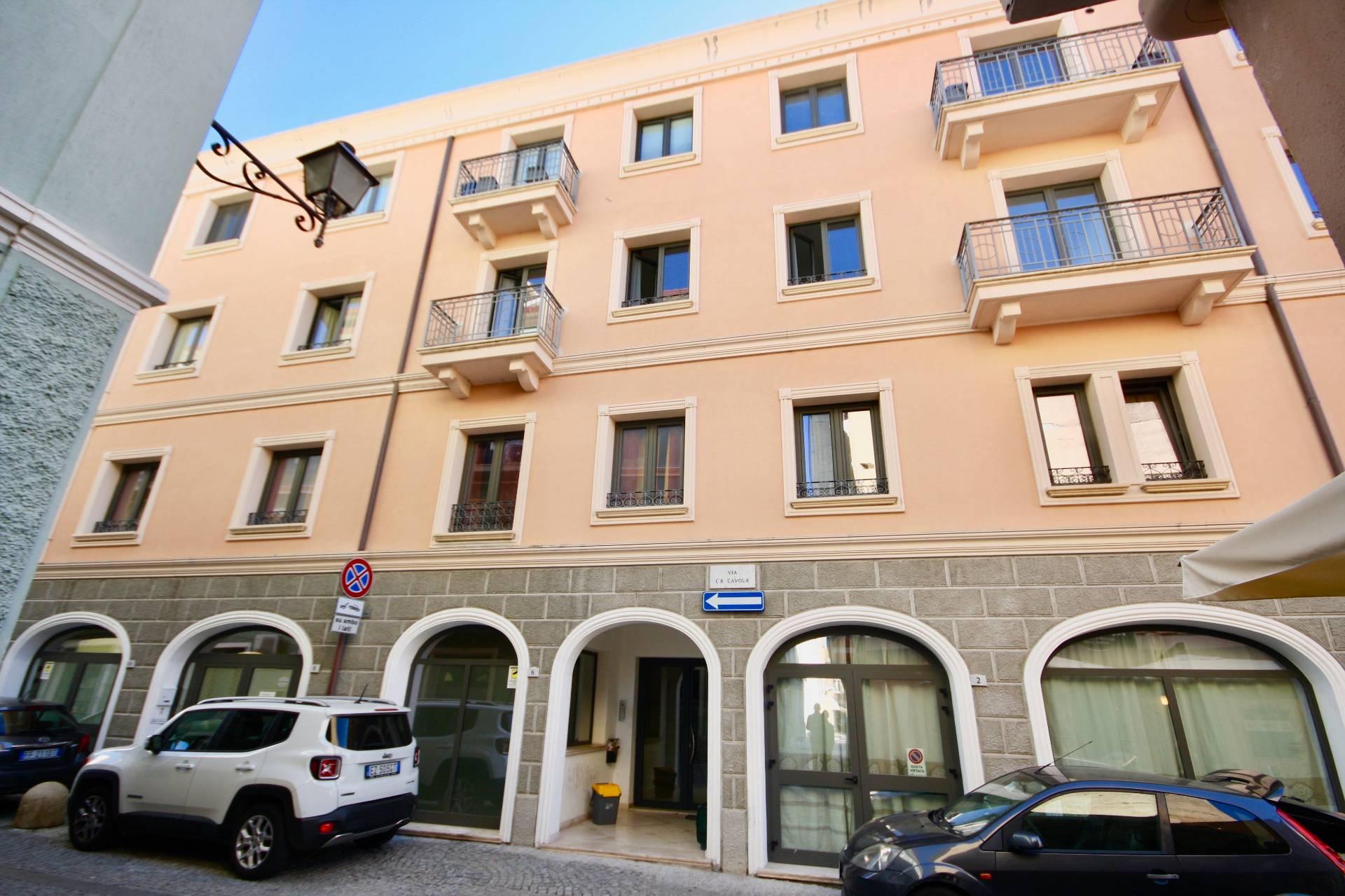 Ufficio / Studio in affitto a Olbia - Porto Rotondo, 9999 locali, zona Località: Olbiacittà, prezzo € 550 | CambioCasa.it