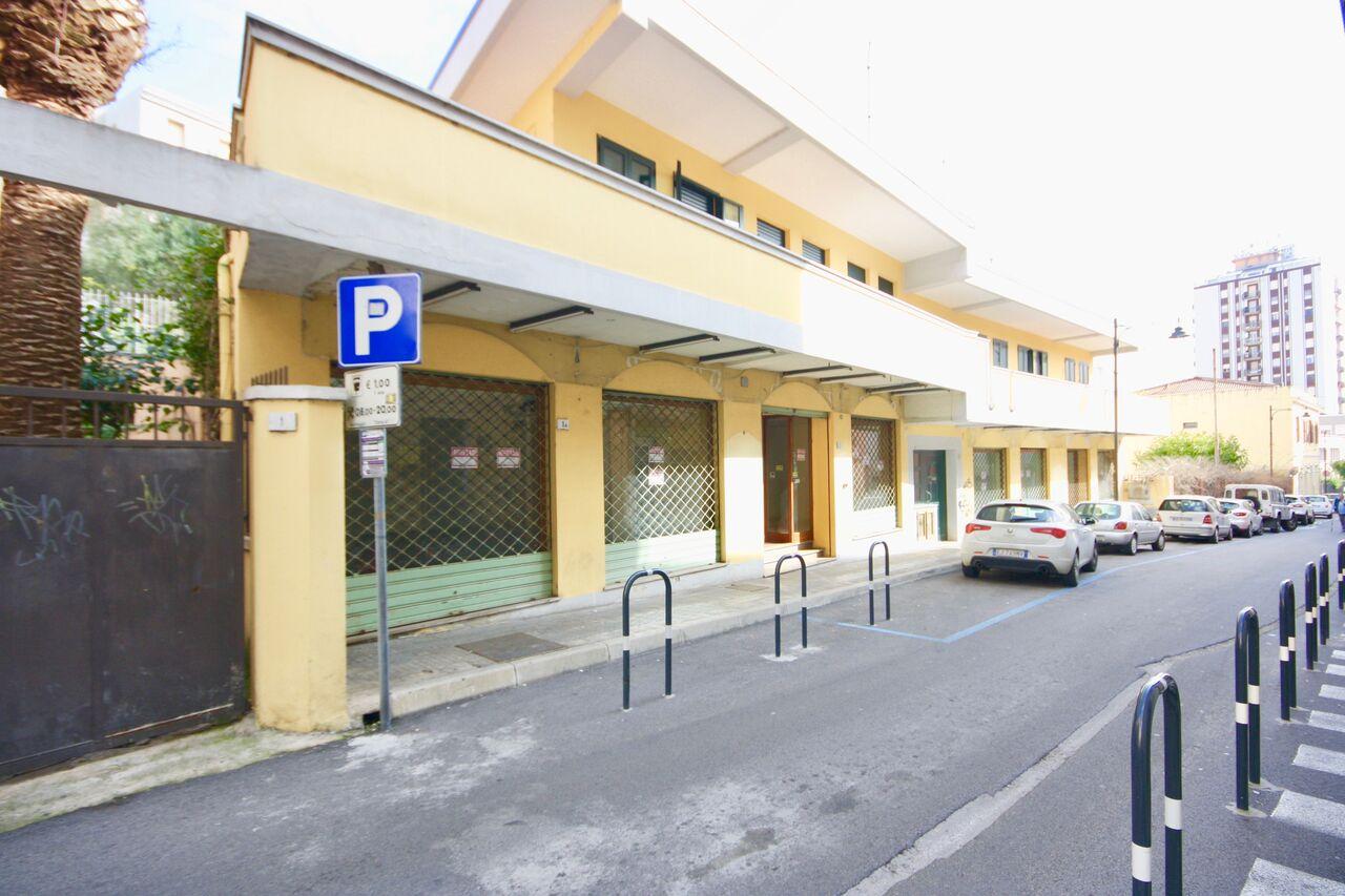 Attività / Licenza in affitto a Olbia - Porto Rotondo, 9999 locali, zona Località: Olbiacittà, prezzo € 2.000 | CambioCasa.it