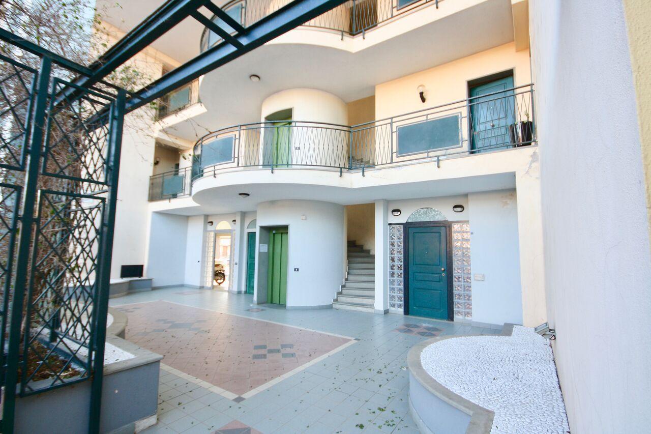 Appartamento in Vendita a Olbia - Porto Rotondo