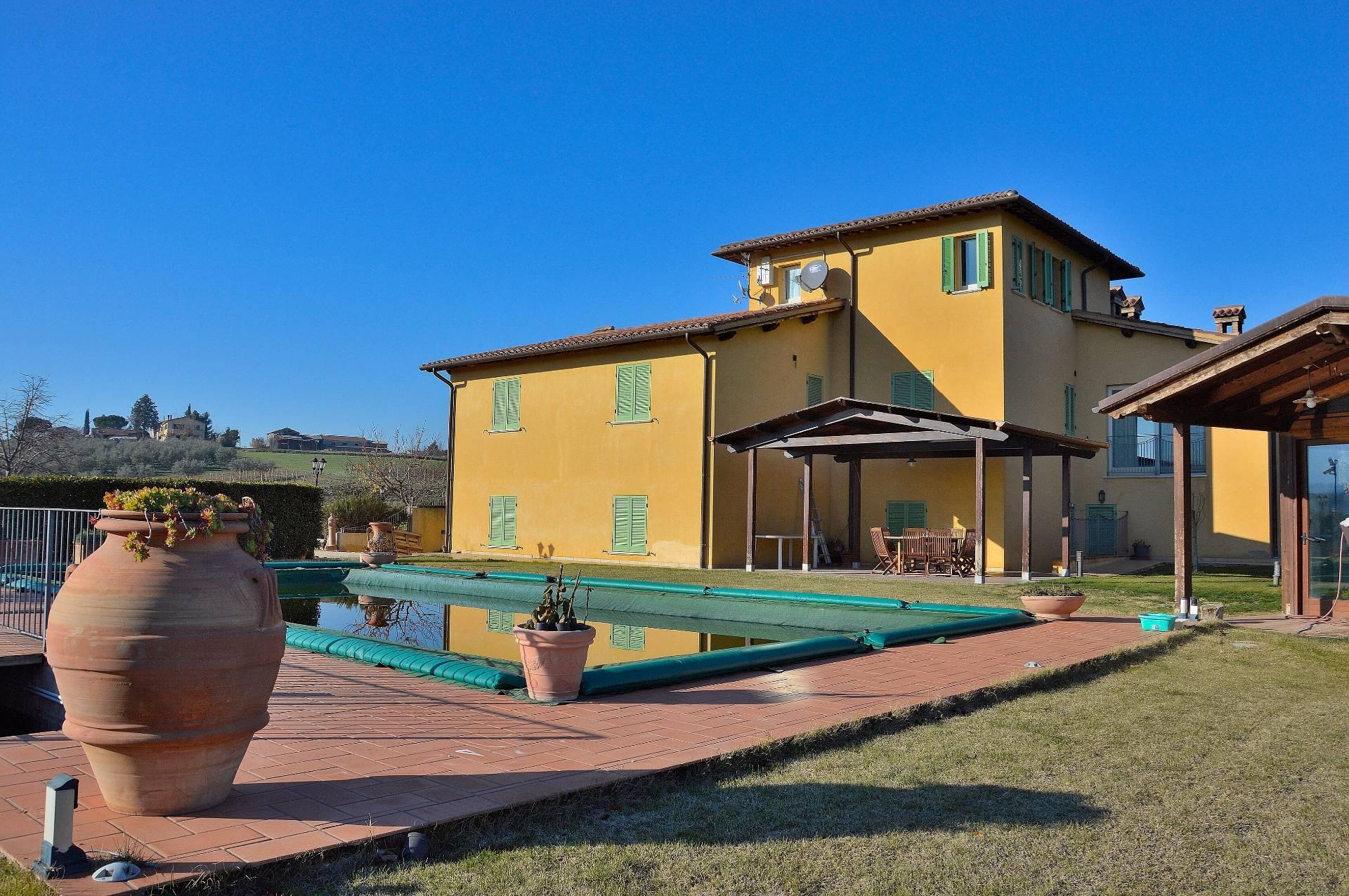 Villa in Vendita a Montefalco