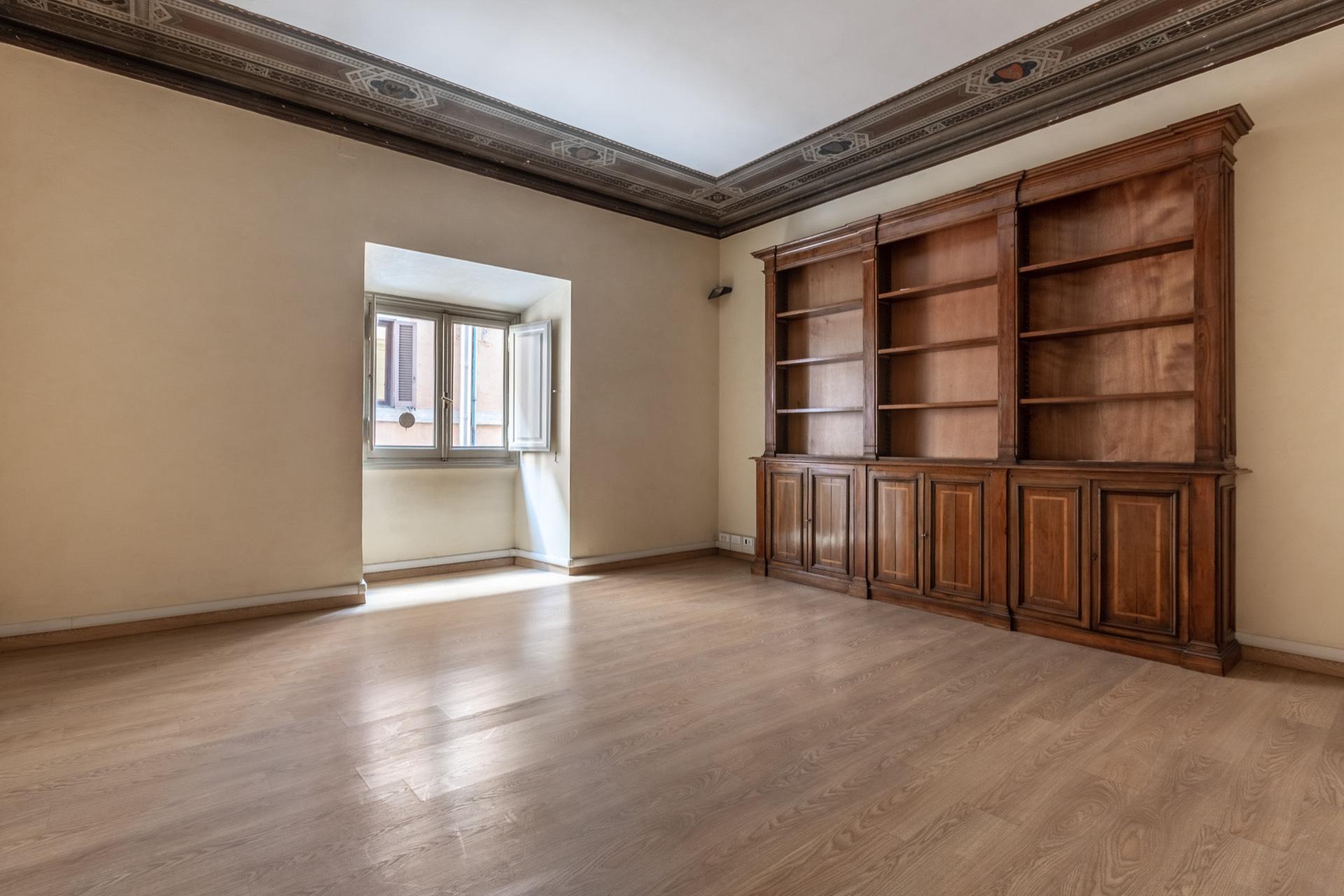 Appartamento in Vendita a Roma: 5 locali, 610 mq - Foto 5