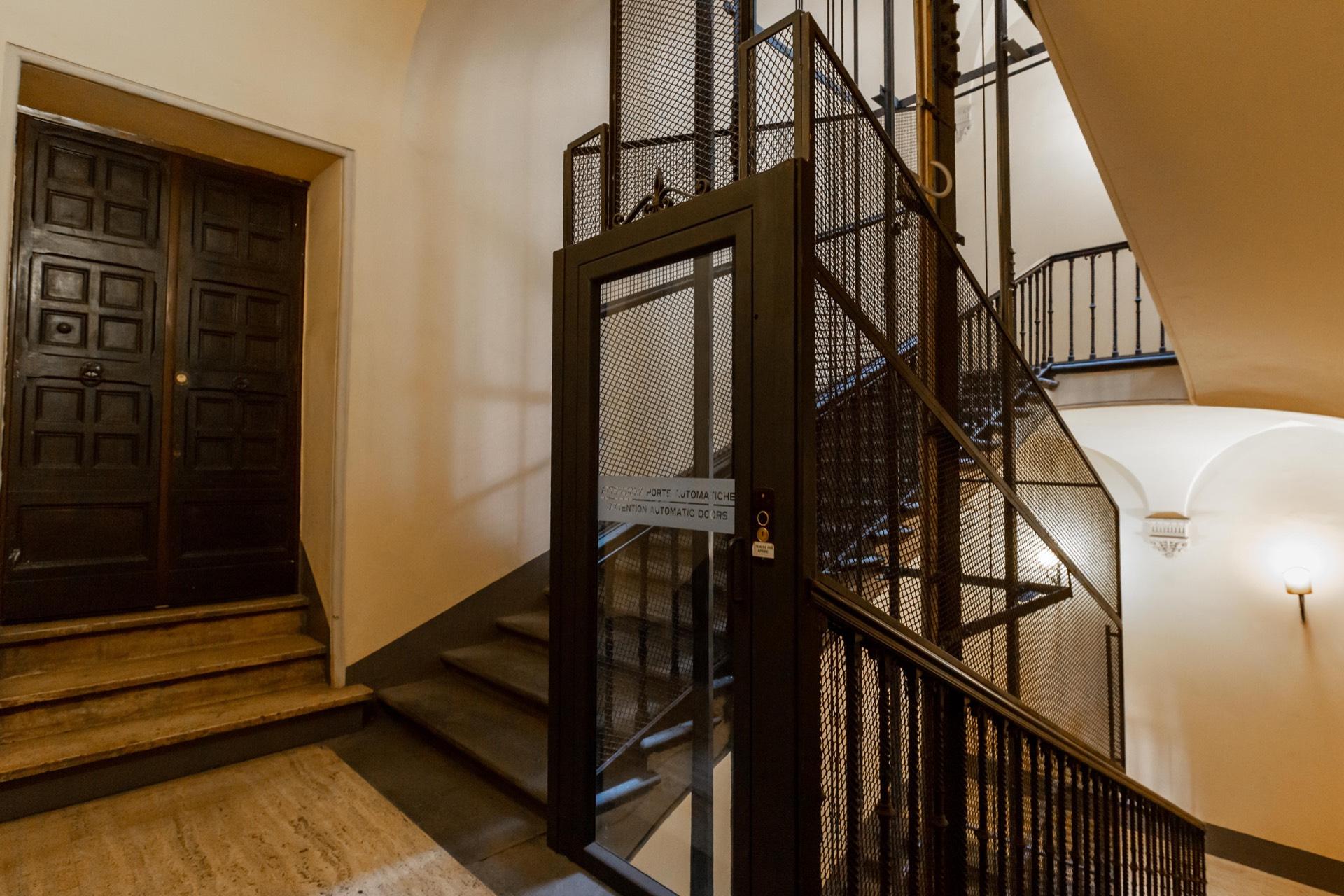 Appartamento in Vendita a Roma: 5 locali, 610 mq - Foto 12