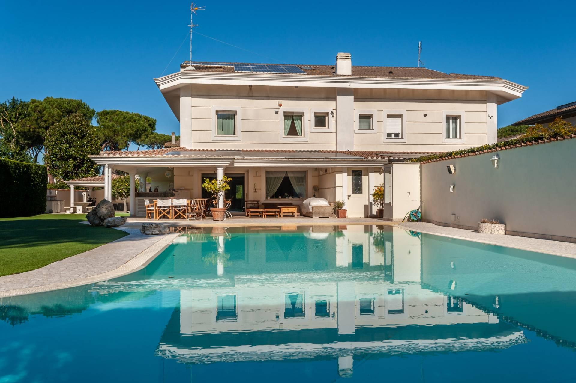 Villa in Vendita a Roma: 5 locali, 324 mq - Foto 1