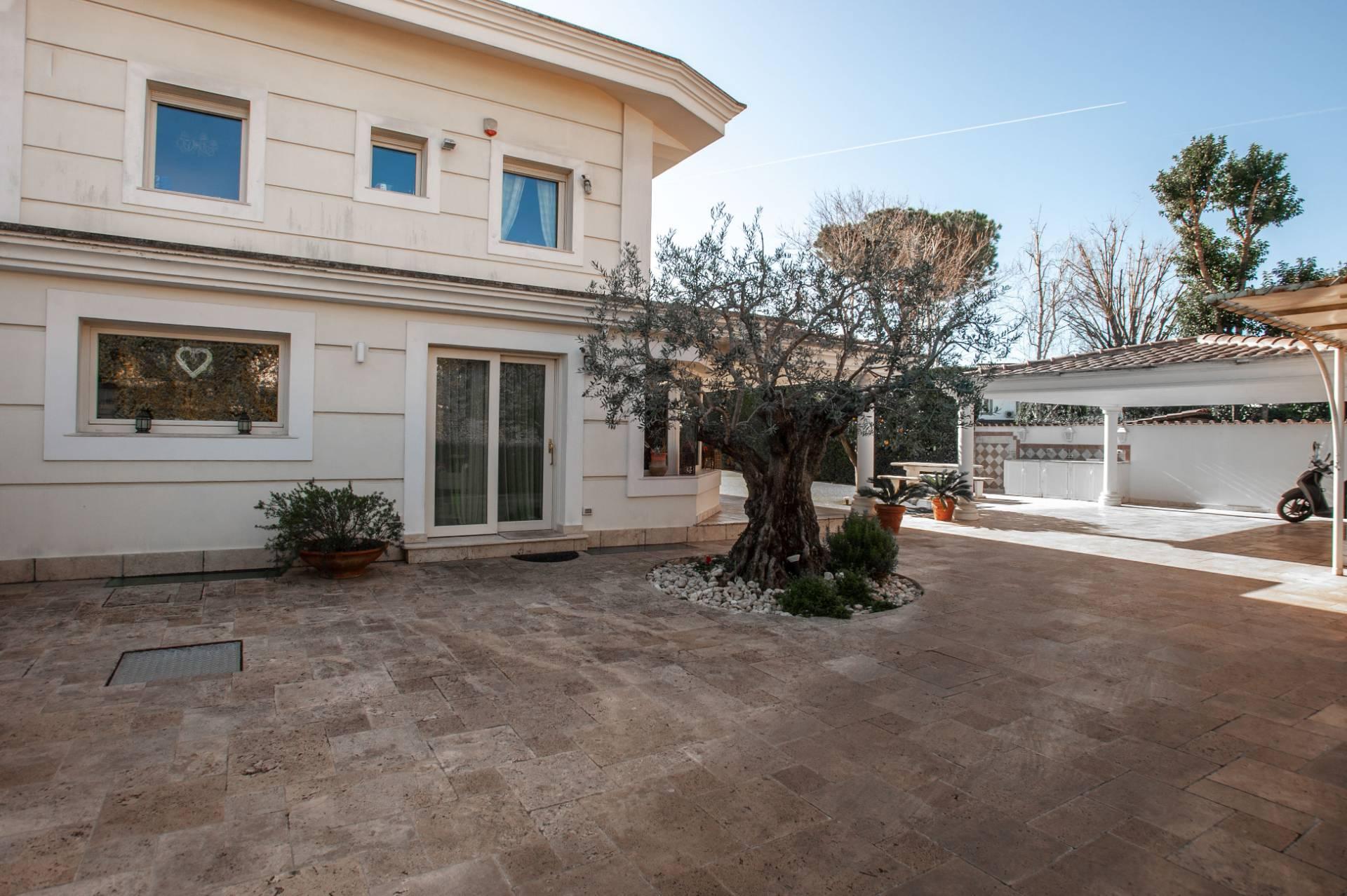 Villa in Vendita a Roma: 5 locali, 324 mq - Foto 6