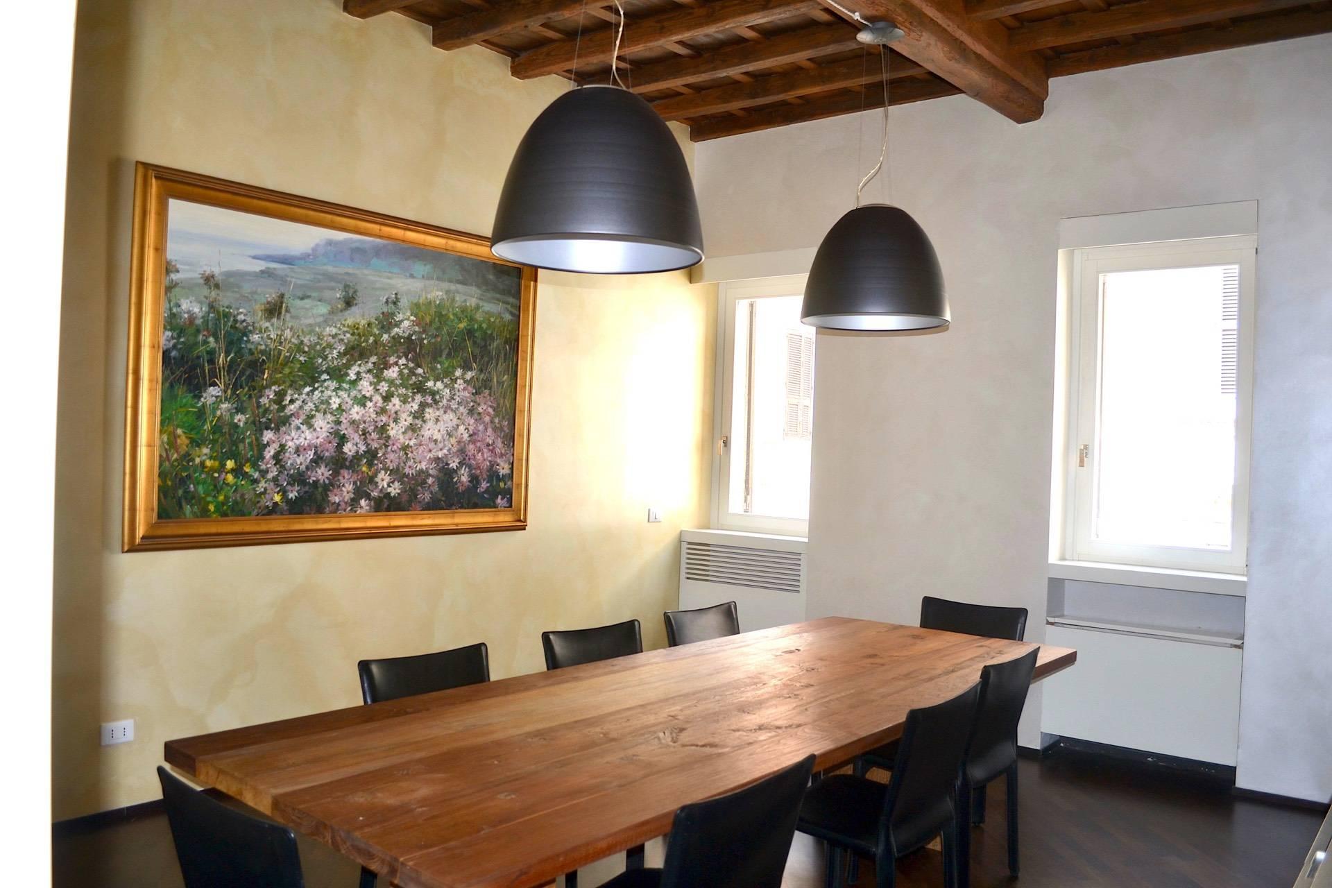 Appartamento in Vendita a Roma: 5 locali, 230 mq - Foto 2