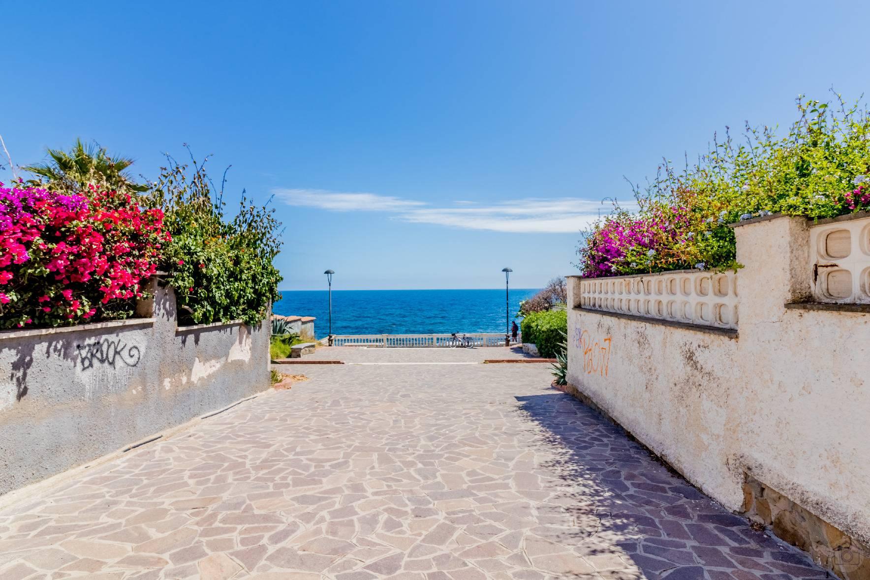 Villa in Vendita a Santa Marinella: 5 locali, 350 mq - Foto 5