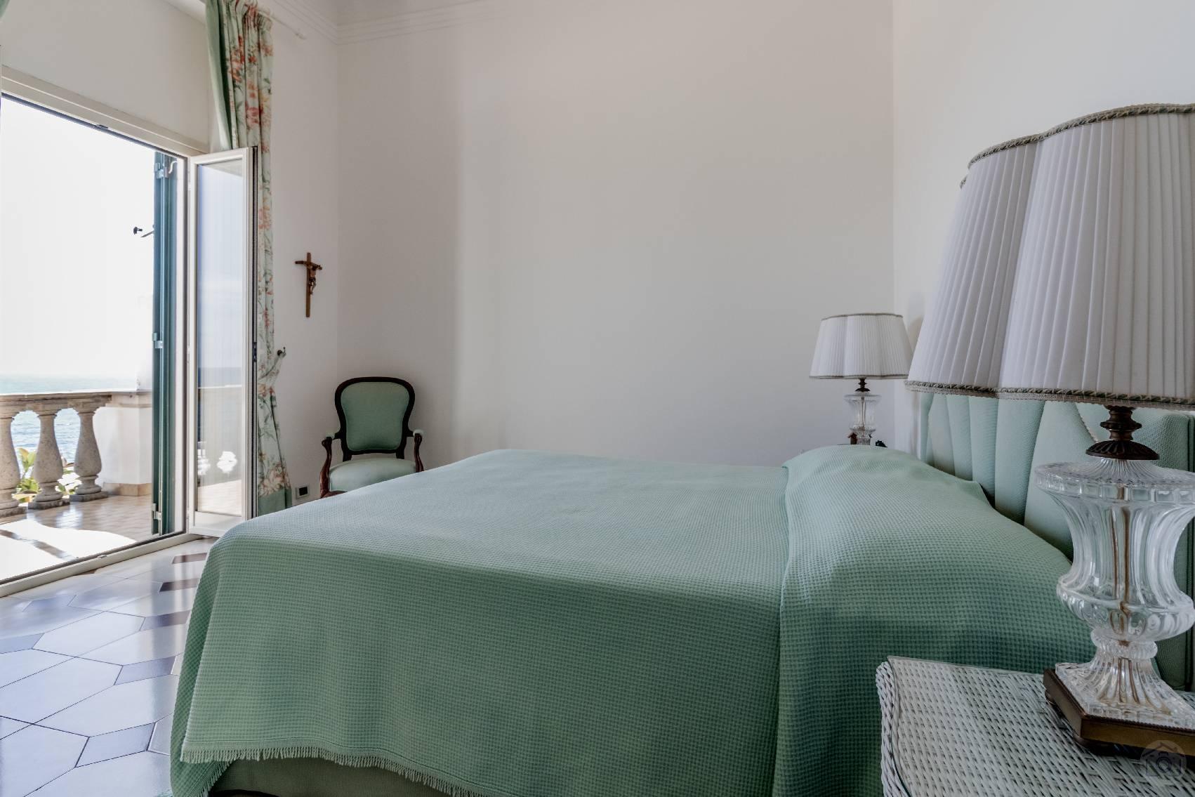 Villa in Vendita a Santa Marinella: 5 locali, 350 mq - Foto 10