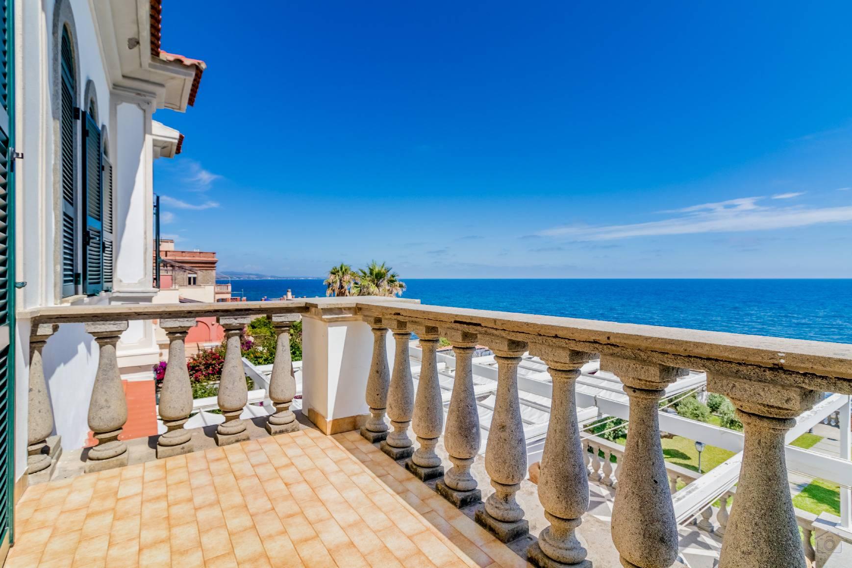 Villa in Vendita a Santa Marinella: 5 locali, 350 mq - Foto 3