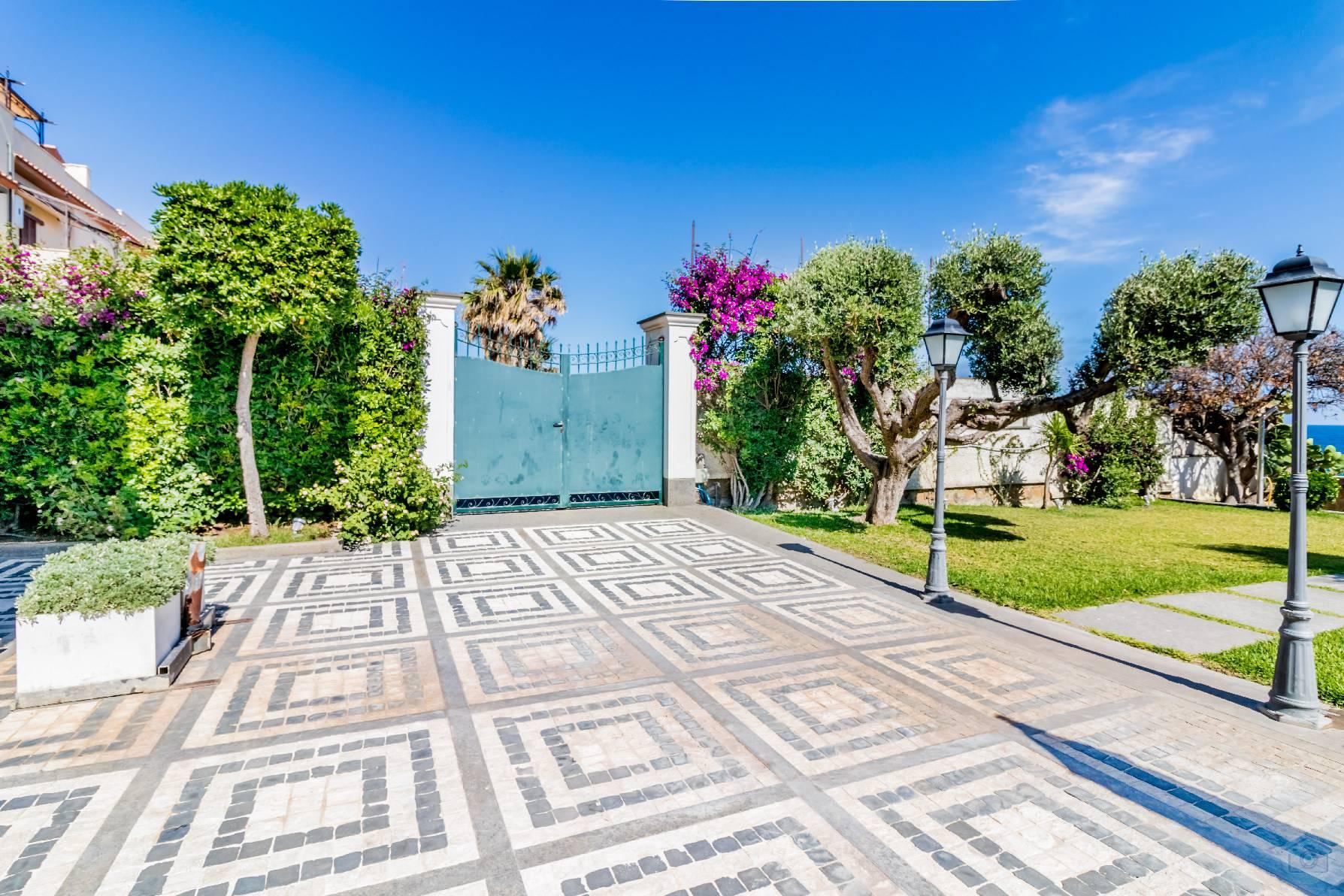 Villa in Vendita a Santa Marinella: 5 locali, 350 mq - Foto 8