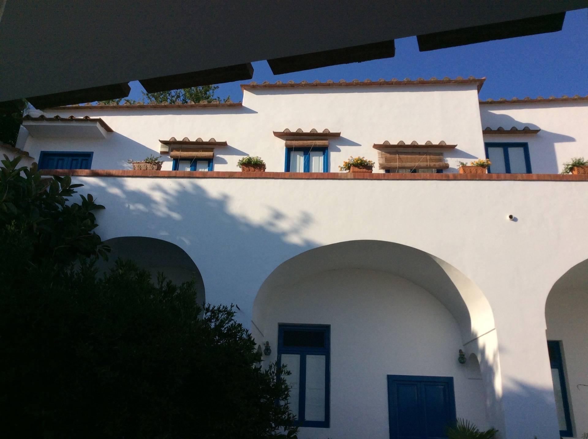 Villa in Vendita a Vico Equense: 5 locali, 300 mq - Foto 3