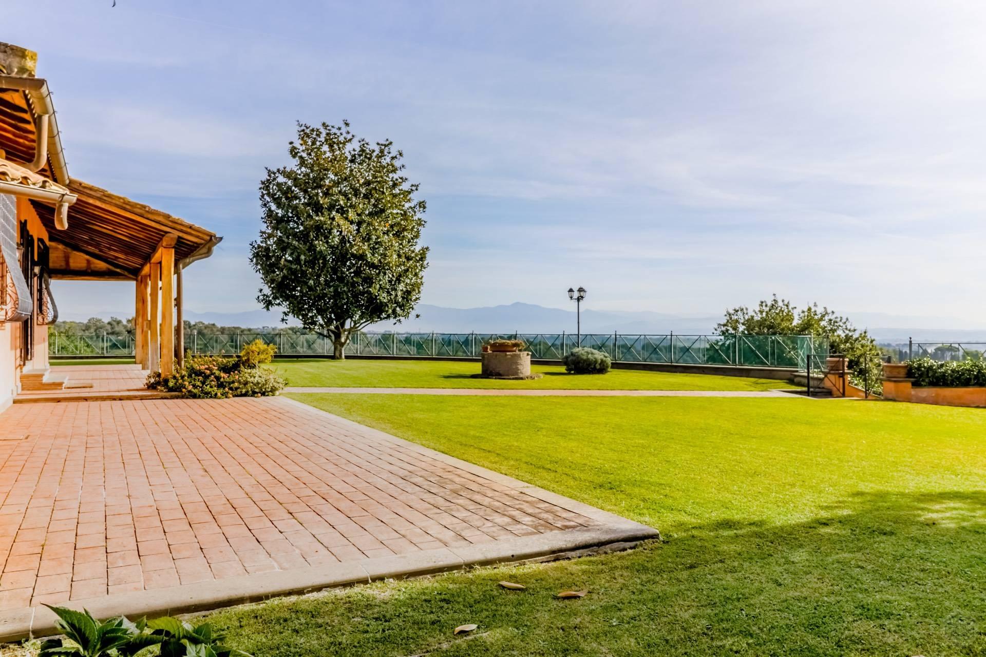 Villa in Vendita a Sacrofano: 5 locali, 180 mq - Foto 2
