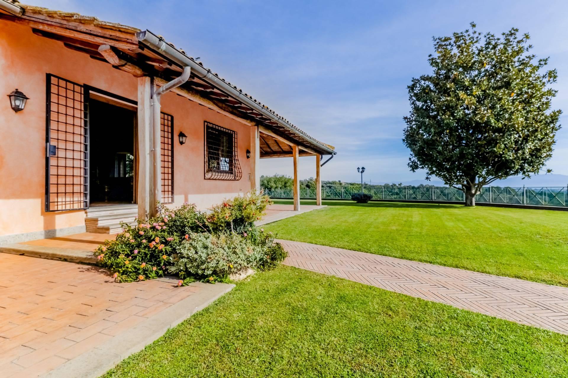Villa in Vendita a Sacrofano: 5 locali, 180 mq - Foto 17