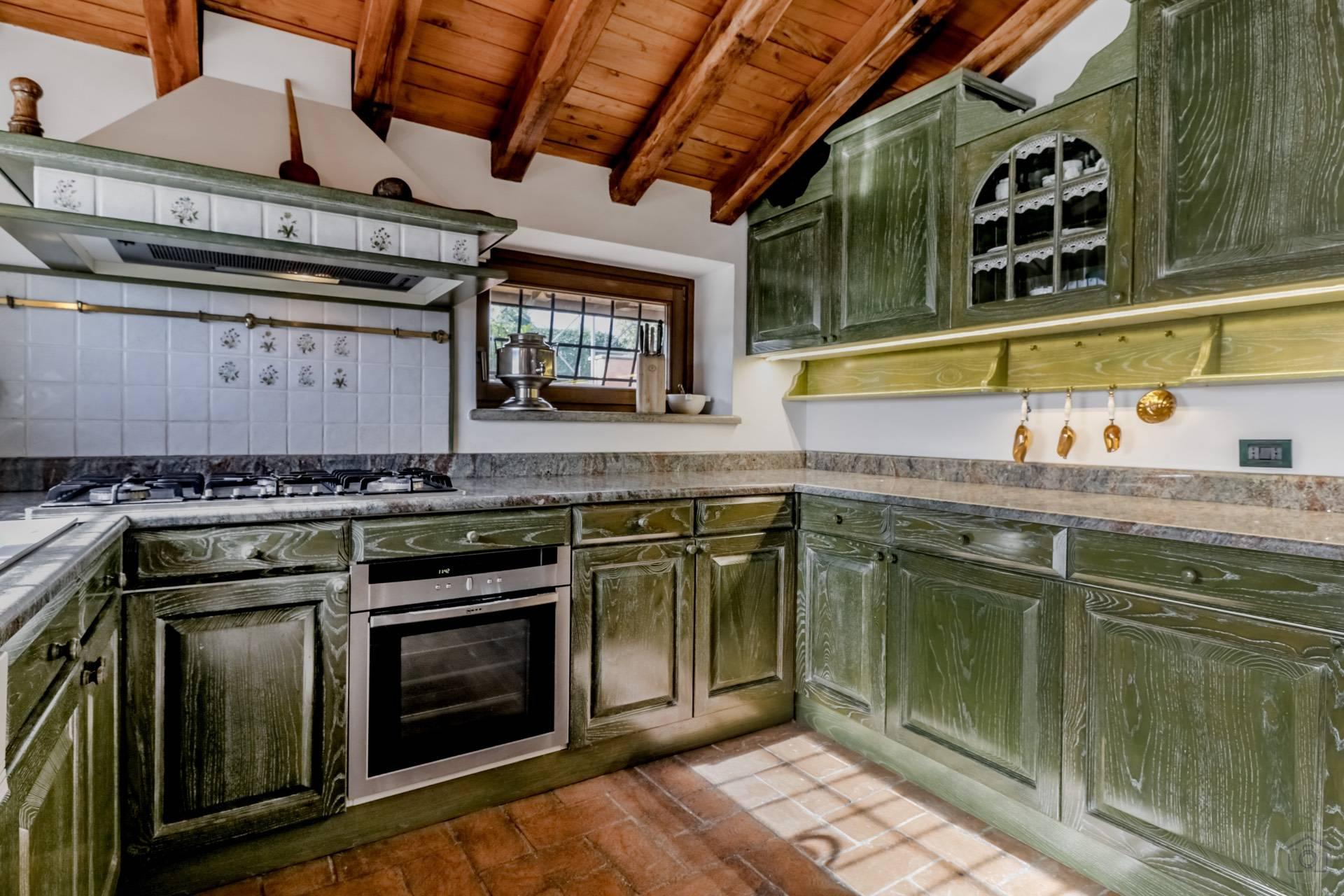 Villa in Vendita a Sacrofano: 5 locali, 180 mq - Foto 10