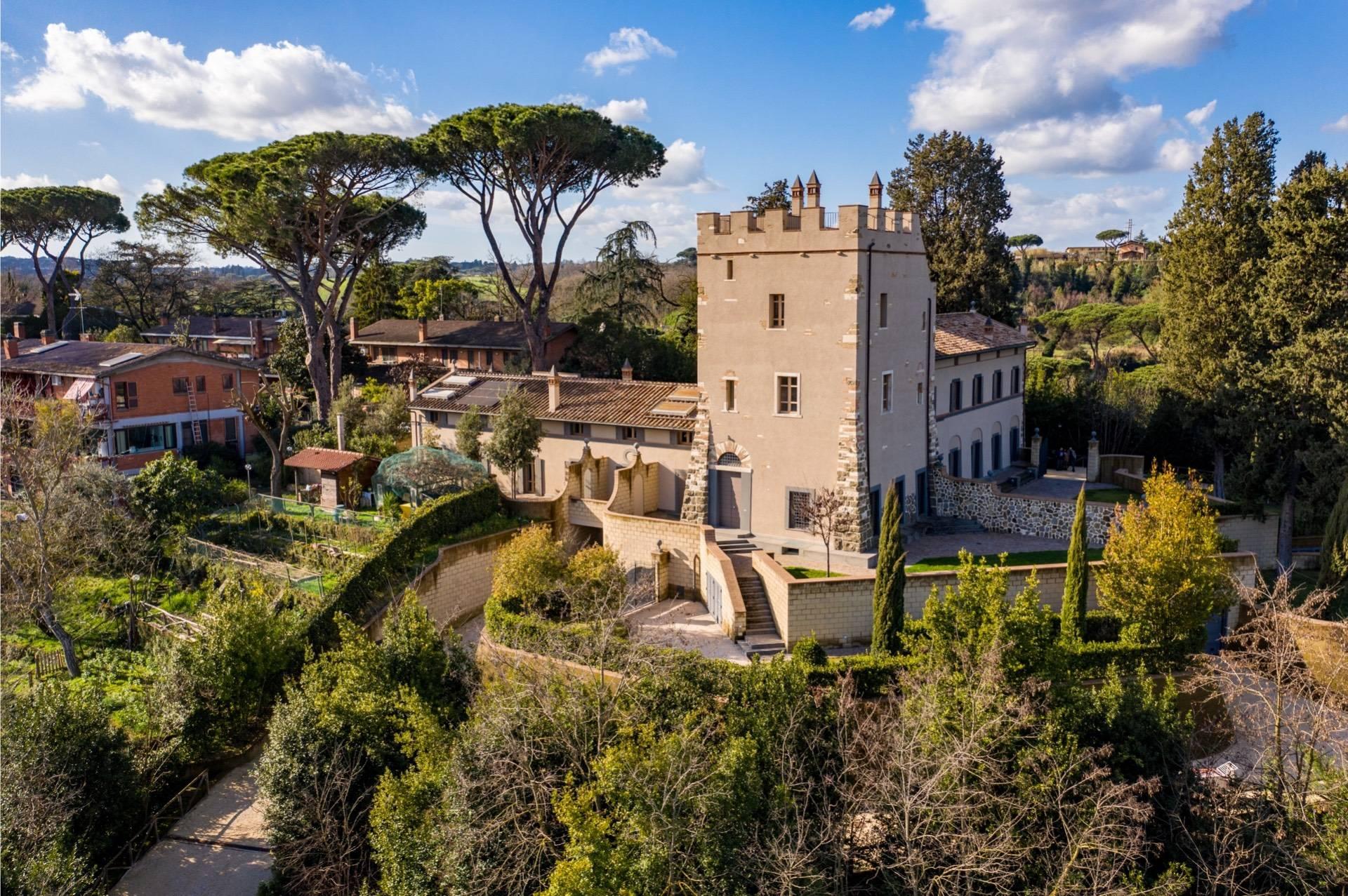 Villa in Vendita a Roma: 4 locali, 300 mq - Foto 1