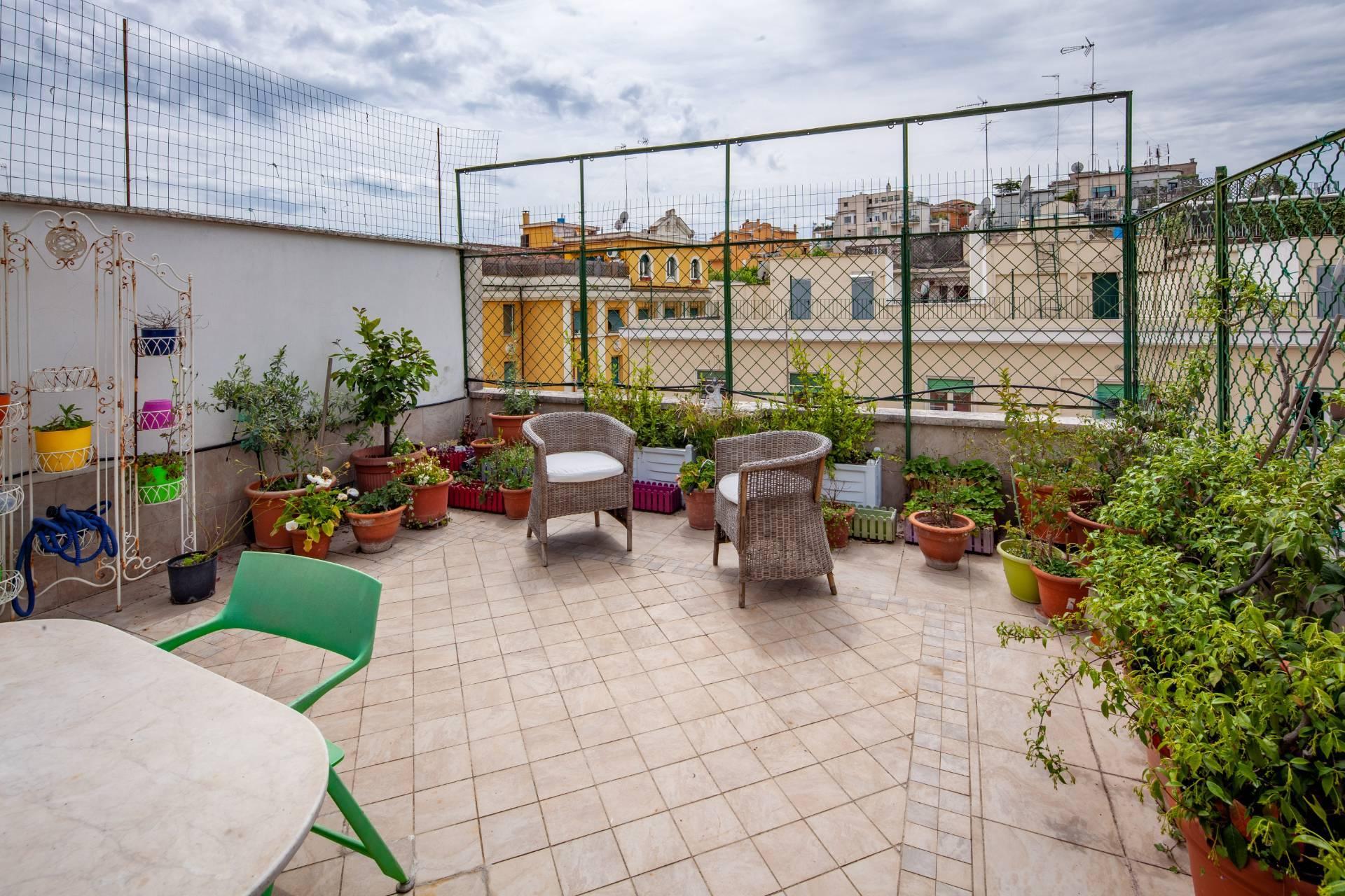 Appartamento in Vendita a Roma: 5 locali, 188 mq - Foto 2