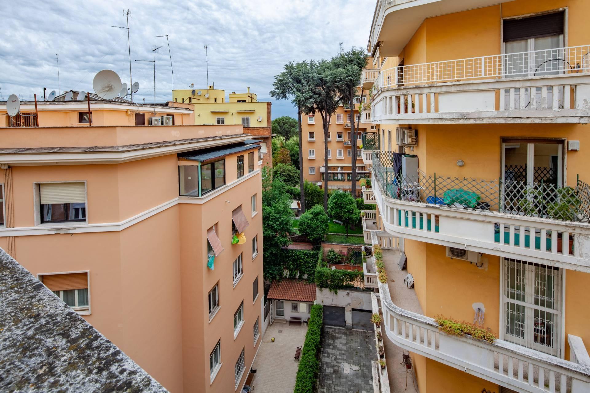 Appartamento in Vendita a Roma: 5 locali, 188 mq - Foto 12