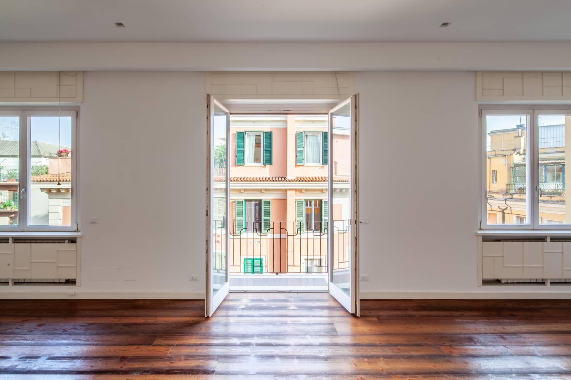 Appartamento in Vendita a Roma: 3 locali, 180 mq - Foto 3