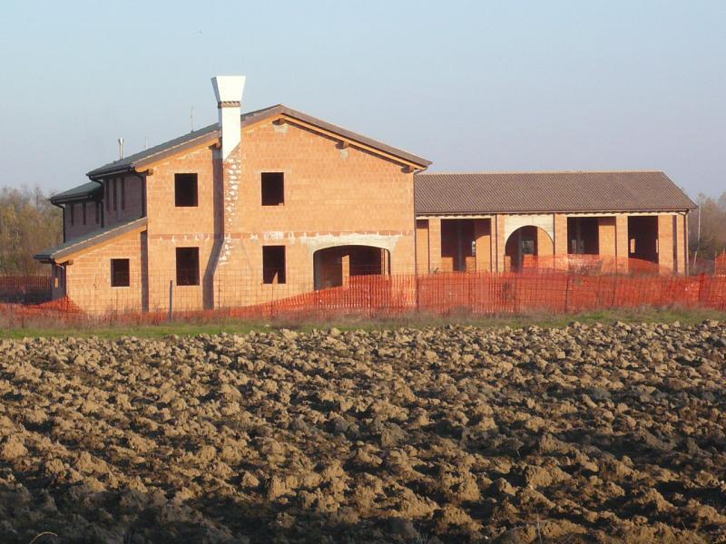 Villa in vendita a Silea, 7 locali, zona Località: S.Elena, prezzo € 450.000 | CambioCasa.it