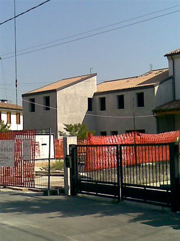 Rustico / Casale in vendita a Carbonera, 10 locali, zona Località: S.Giacomo, prezzo € 190.000   CambioCasa.it