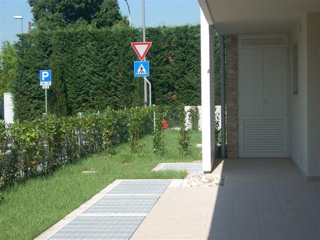 Appartamento treviso vendita zona s artemio 145 for Come costruire un appartamento garage a buon mercato