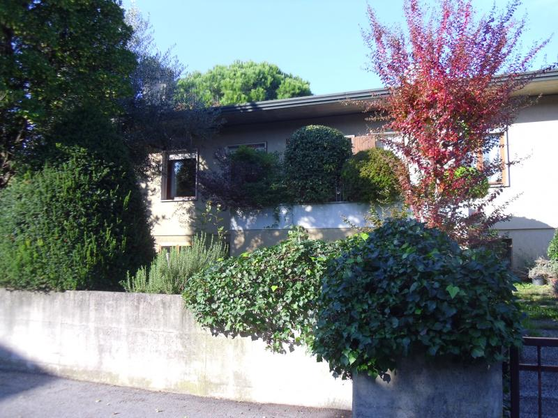 Villa in vendita a Quinto di Treviso, 14 locali, zona Località: Quinto, prezzo € 385.000 | CambioCasa.it