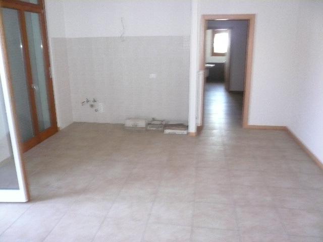 Appartamento in affitto a San Biagio di Callalta, 5 locali, zona Località: Centro, prezzo € 500 | Cambio Casa.it