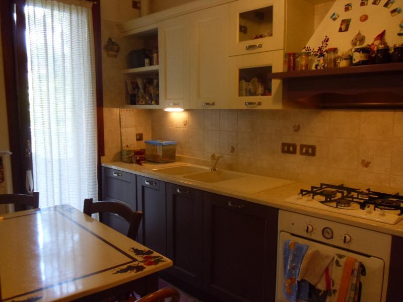 Appartamento in vendita a Ponzano Veneto, 6 locali, zona Località: Paderno, prezzo € 160.000 | Cambio Casa.it