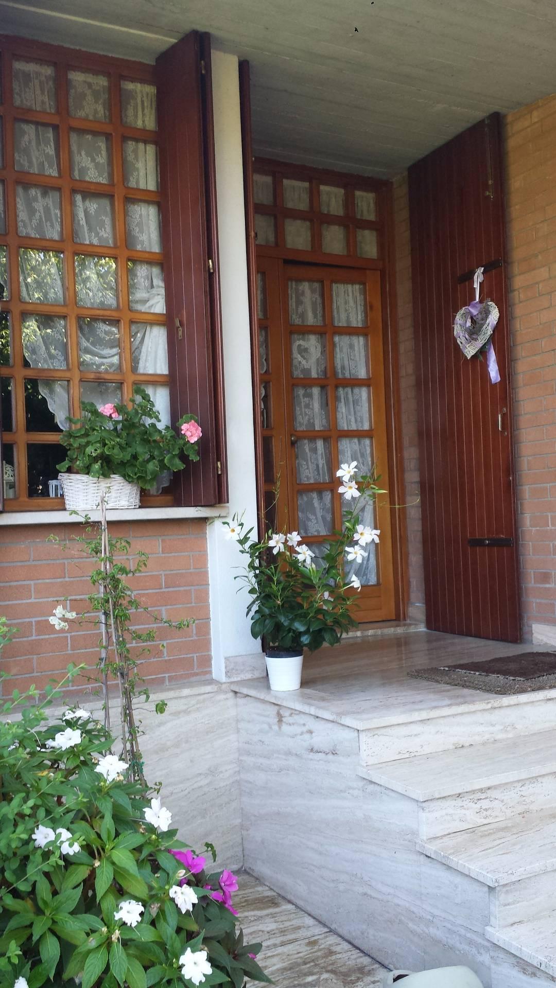 Villa in vendita a Silea, 8 locali, zona Località: Centro, prezzo € 398.000 | CambioCasa.it