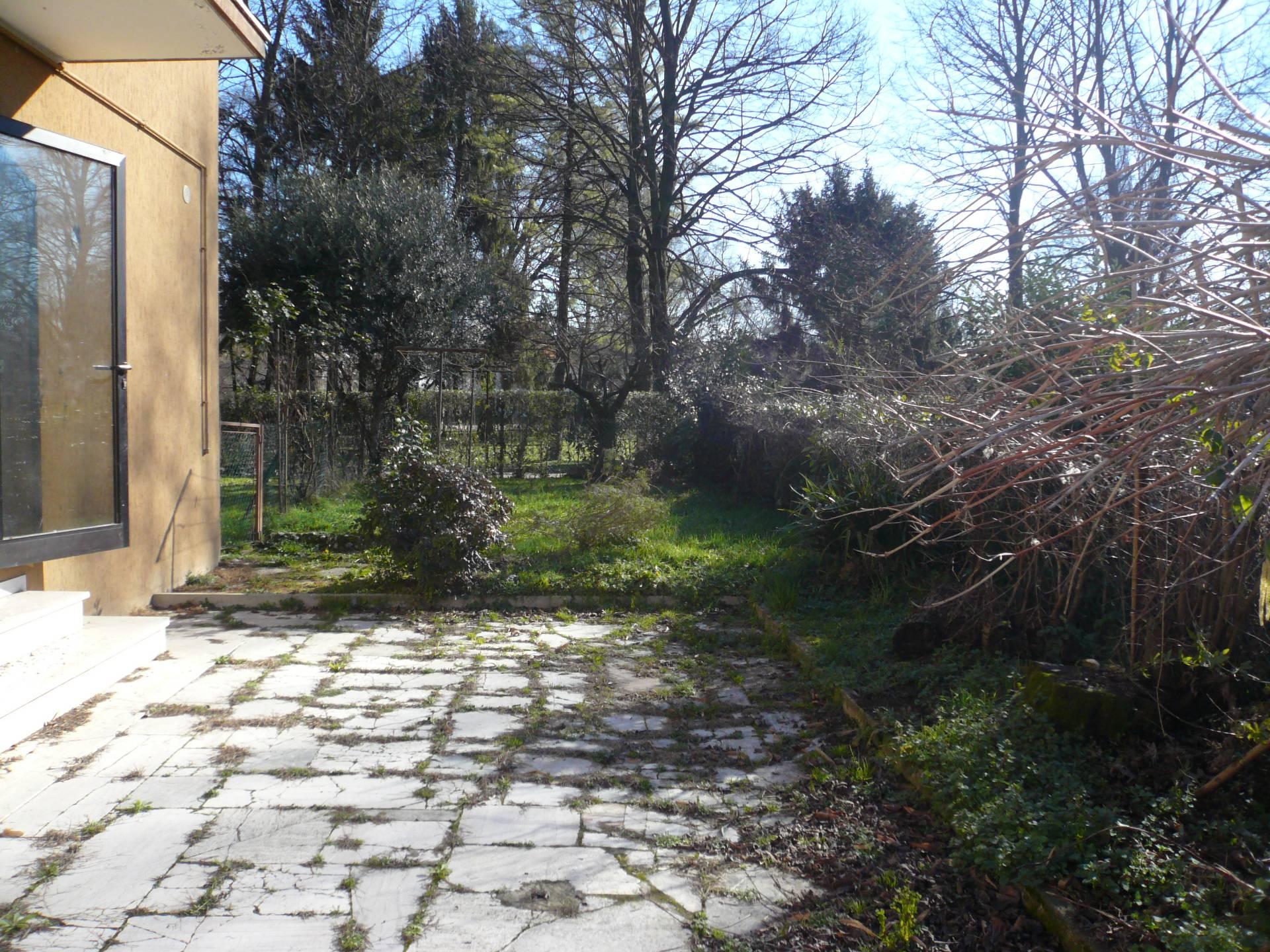 Appartamento in vendita a San Biagio di Callalta, 5 locali, zona Località: Olmi, prezzo € 120.000 | Cambio Casa.it