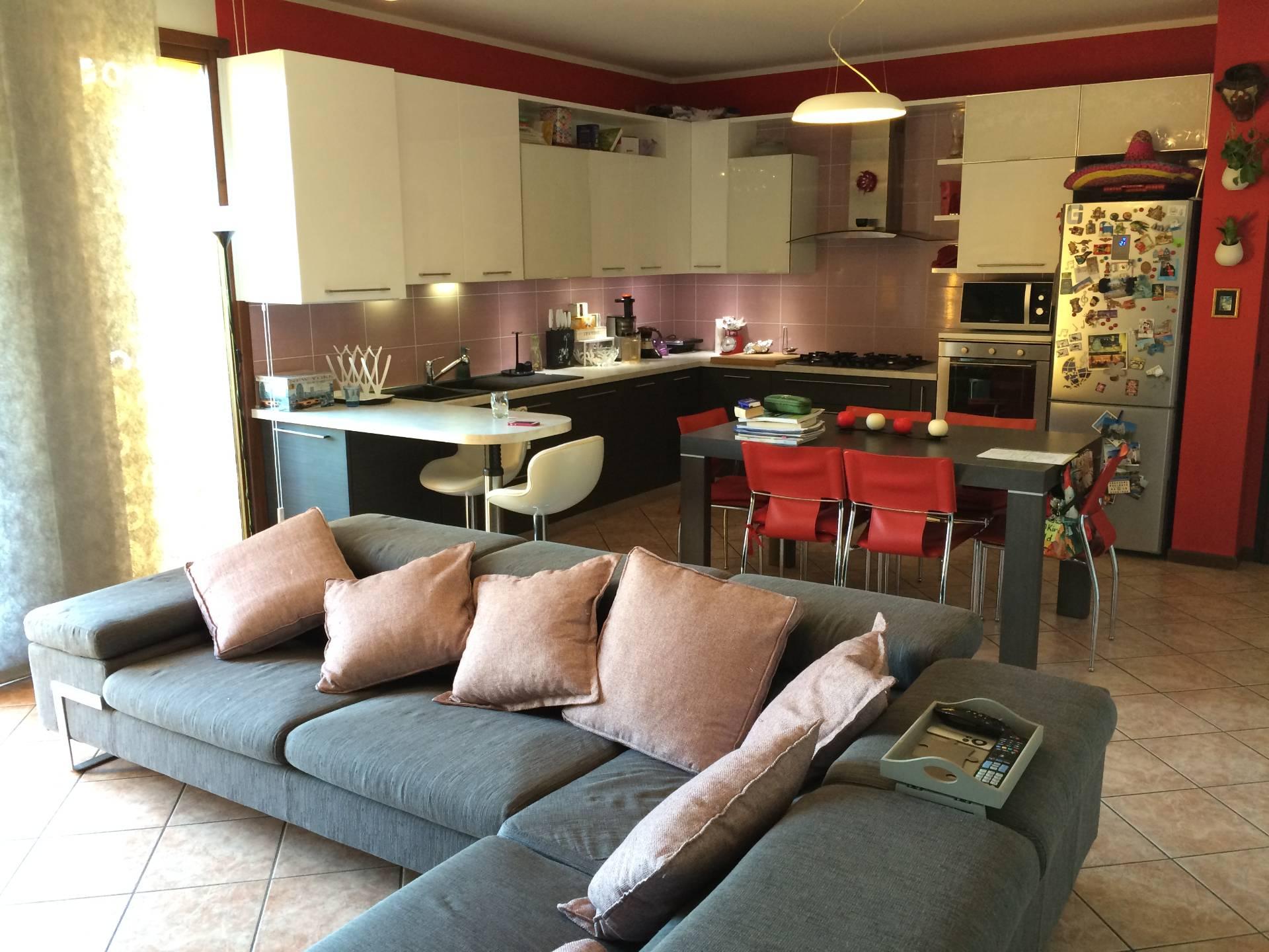 Appartamento in vendita a Spresiano, 5 locali, prezzo € 118.000 | CambioCasa.it
