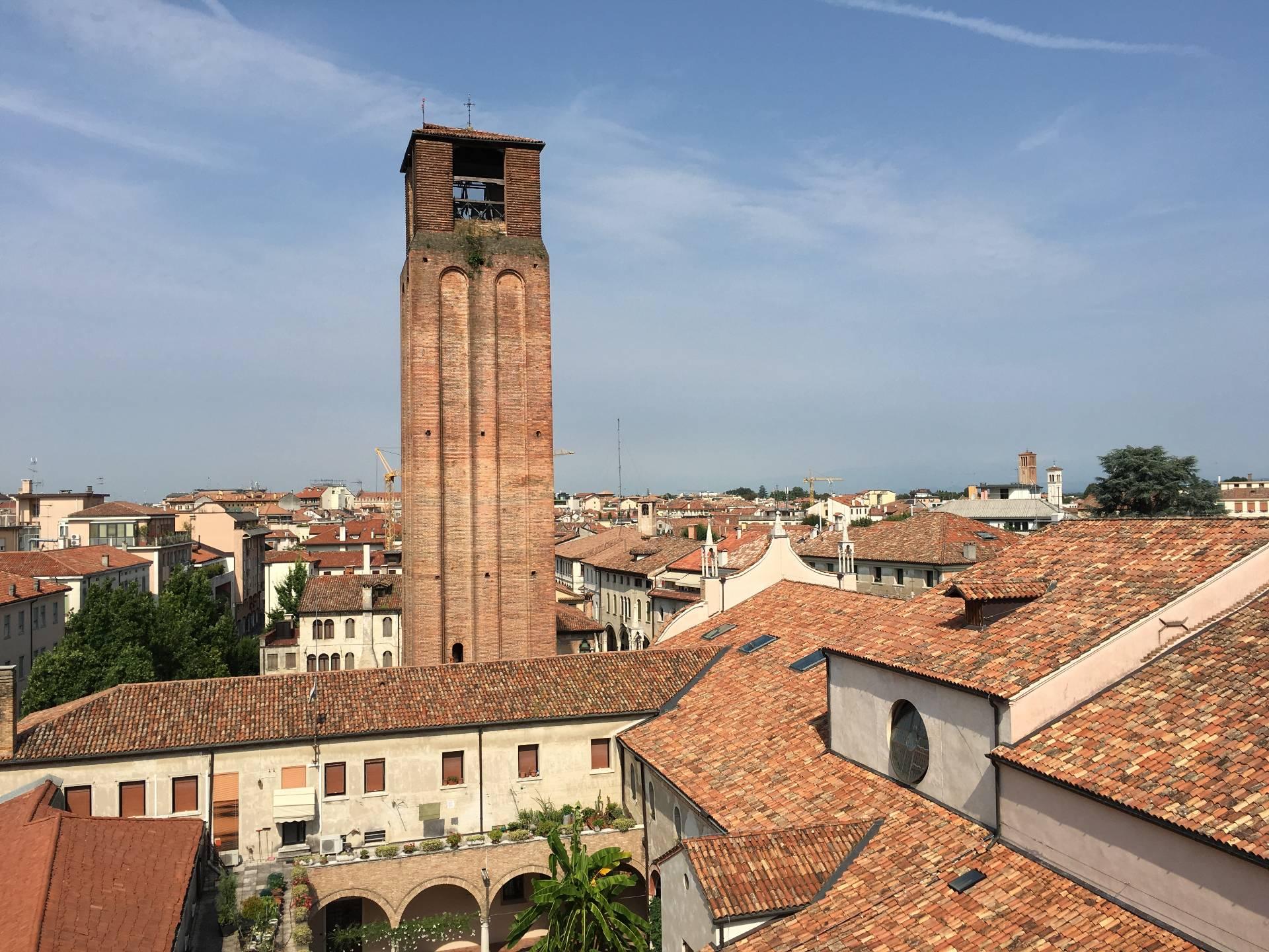 Attico / Mansarda in vendita a Treviso, 6 locali, zona Località: Centrostorico, prezzo € 200.000 | Cambio Casa.it