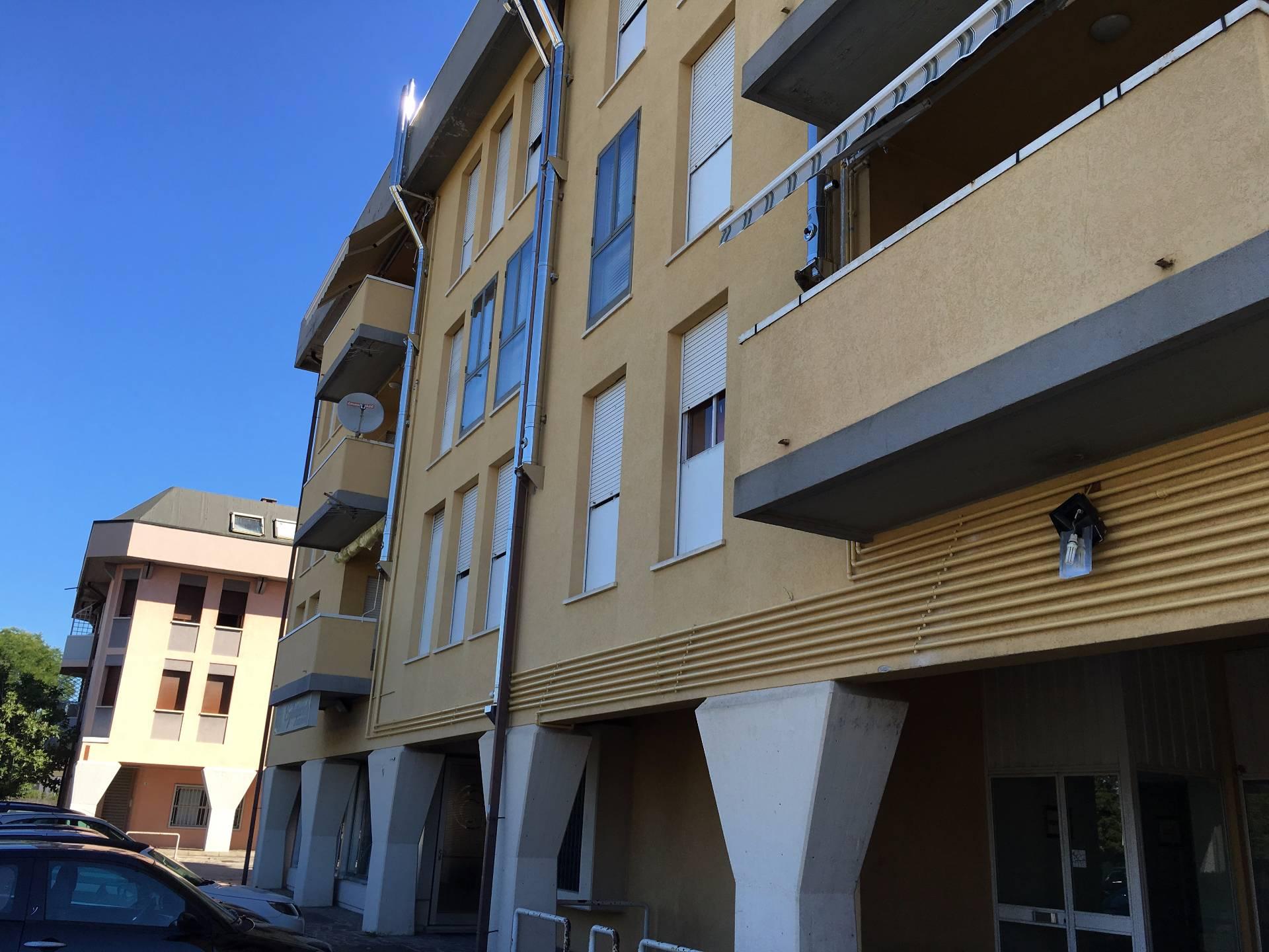 Appartamento in vendita a Riese Pio X, 6 locali, prezzo € 80.000 | CambioCasa.it
