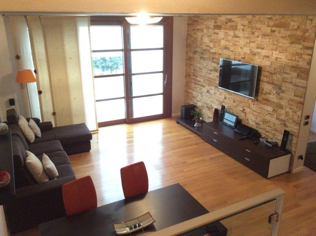 Altro in vendita a Villorba, 16 locali, zona Zona: Castrette, prezzo € 370.000 | Cambio Casa.it